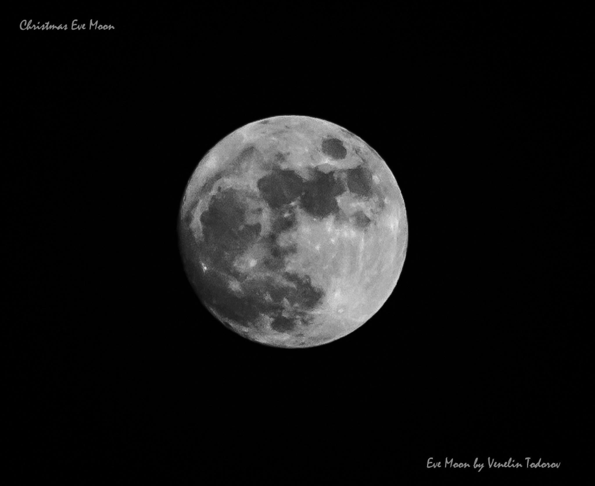 Christmas Eve Moon by Venelin Todorov