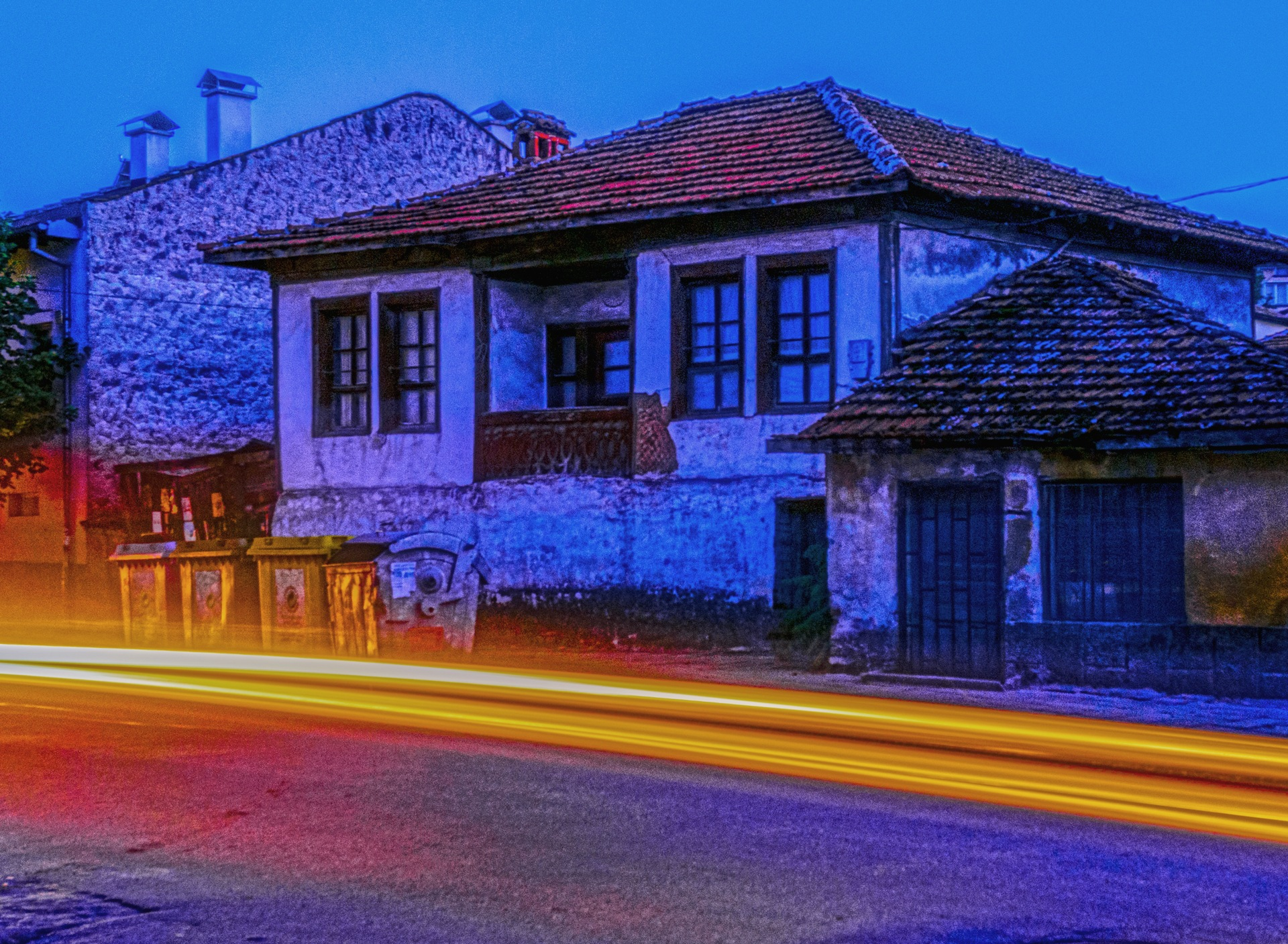 Old house by night  by Venelin Todorov