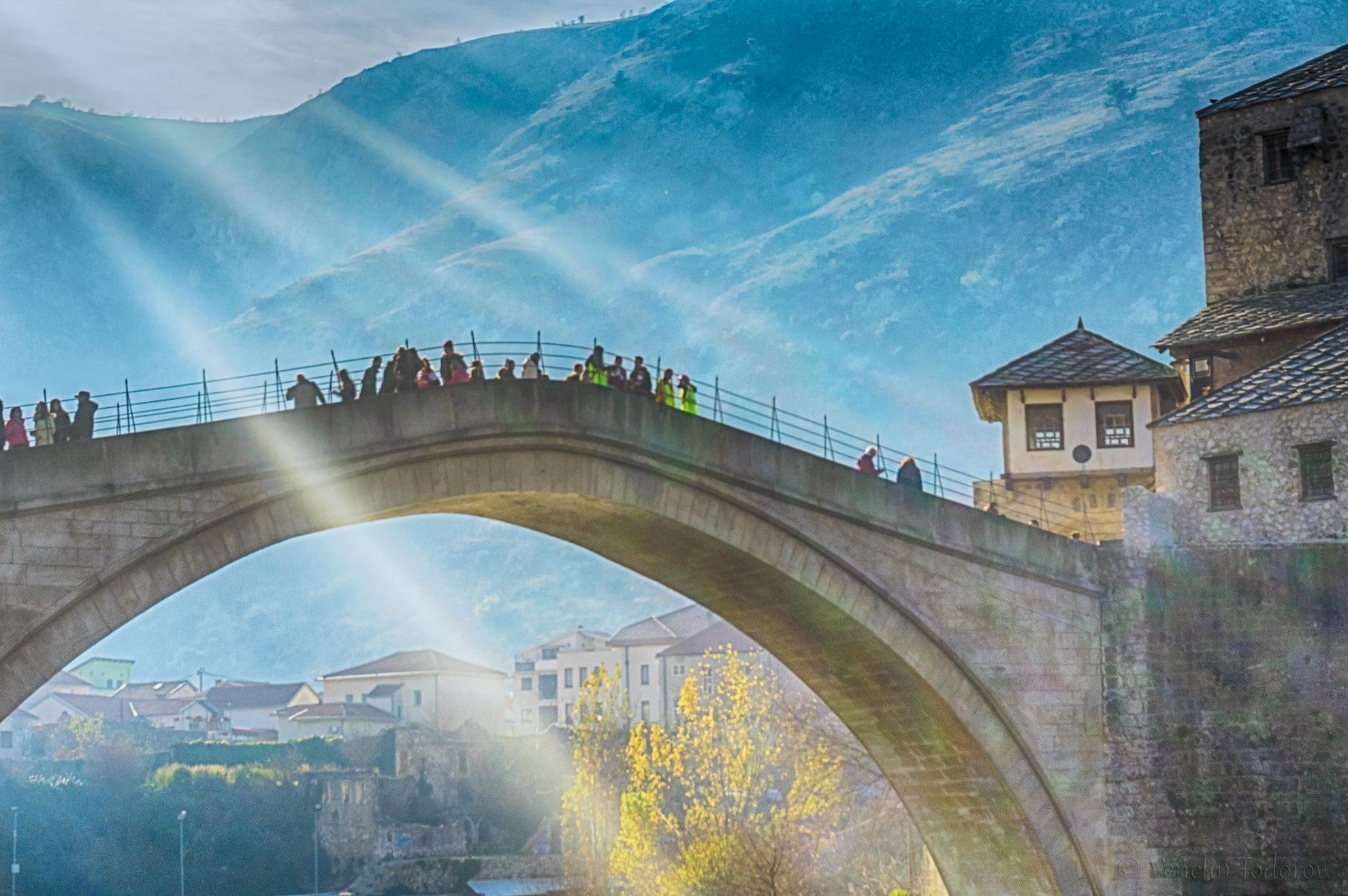Sun rays over the bridge by Venelin Todorov