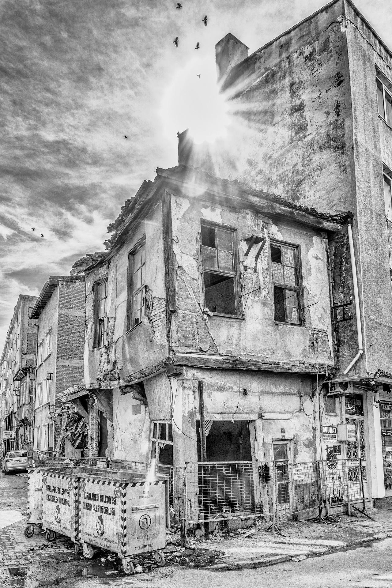 B&W-abandoned by Venelin Todorov