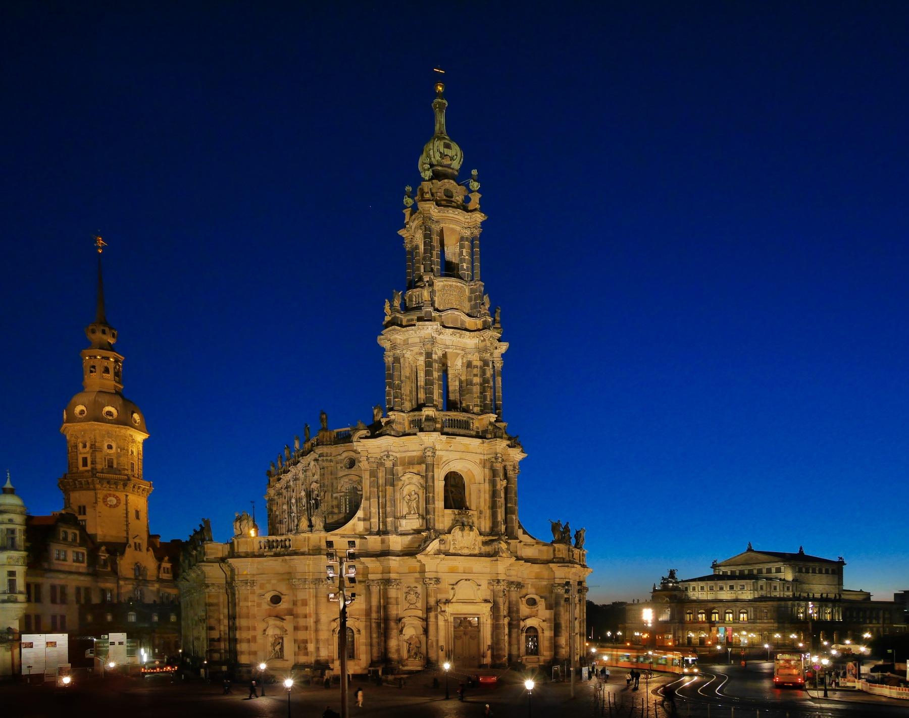 Catholic Church, Dresden by Fred Obermann