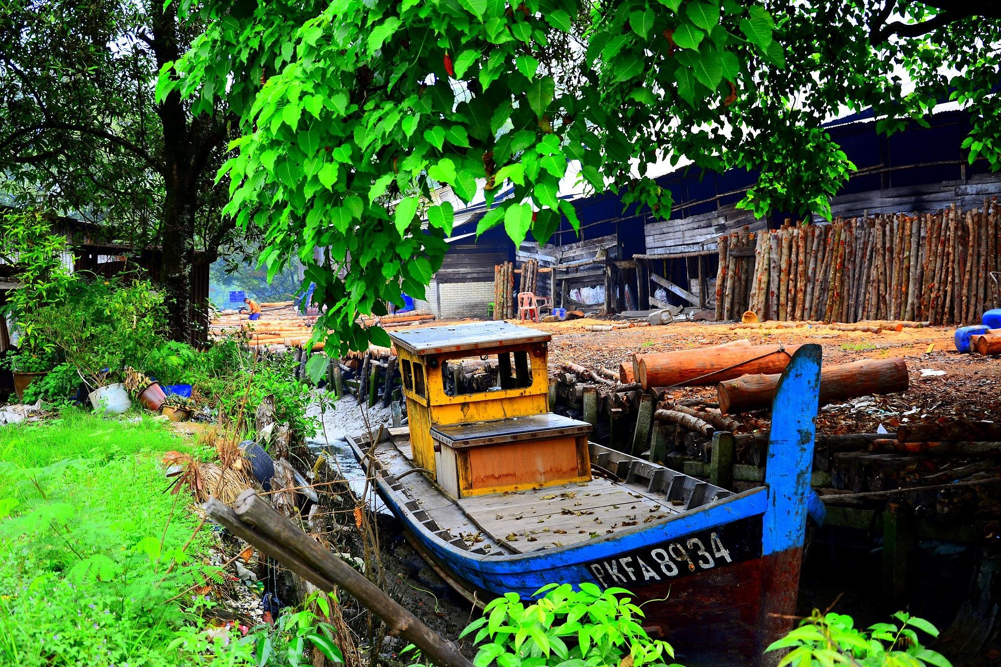 Boat by JackBee