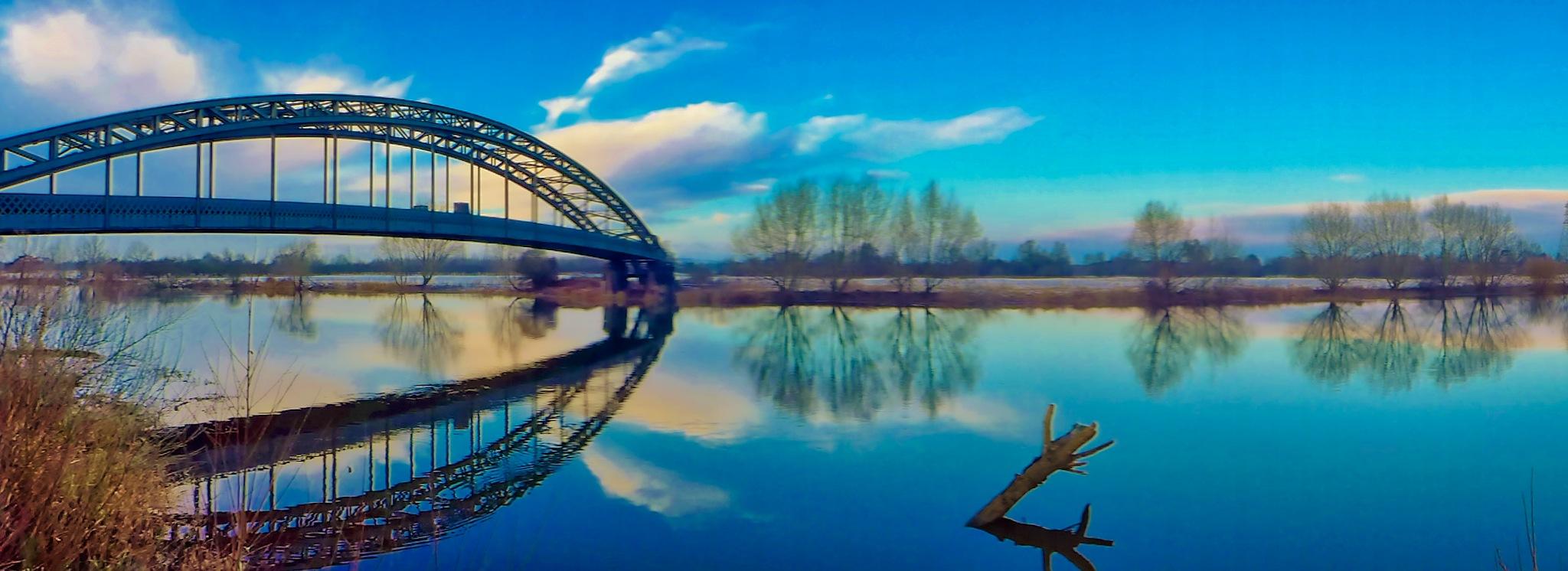 Aquaduct smooth hdr by AJ Yakstrangler Andy Jamieson