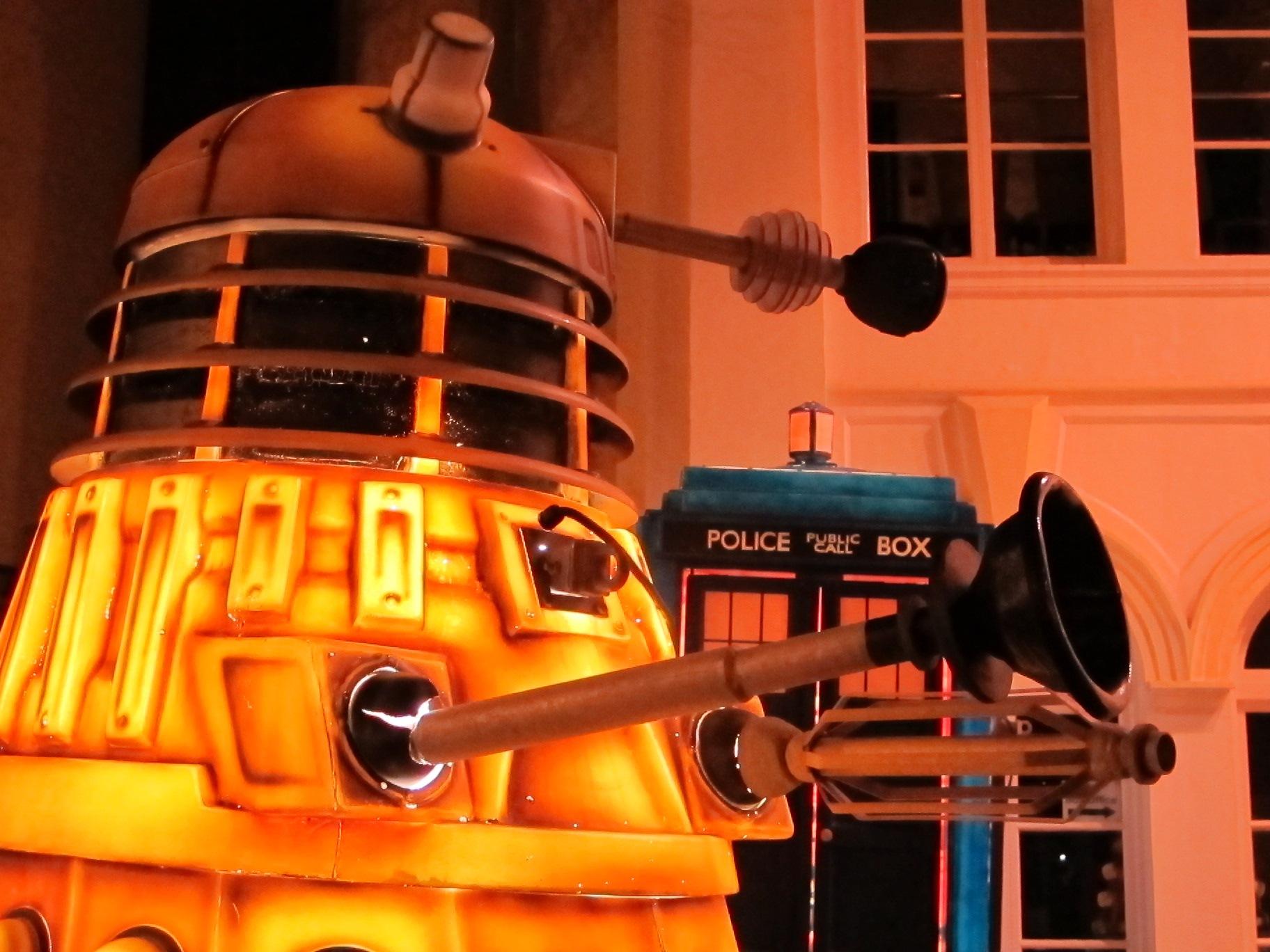 Glow Dalek by AJ Yakstrangler Andy Jamieson