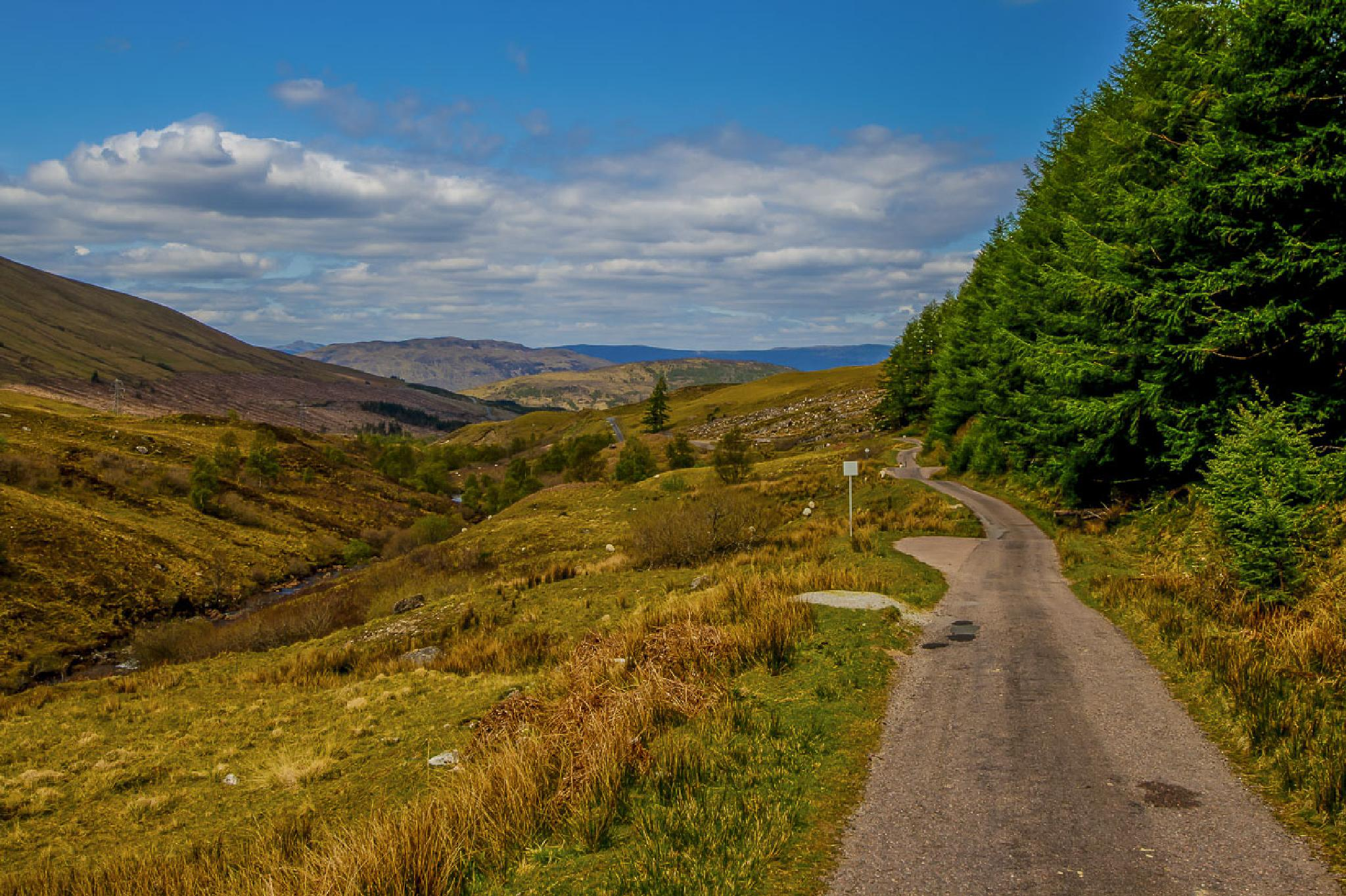 Highlands-68 by Oliver Kluwe