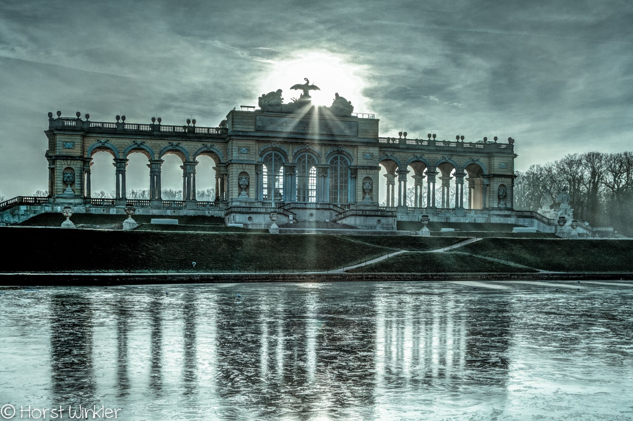Gloriette by icefish
