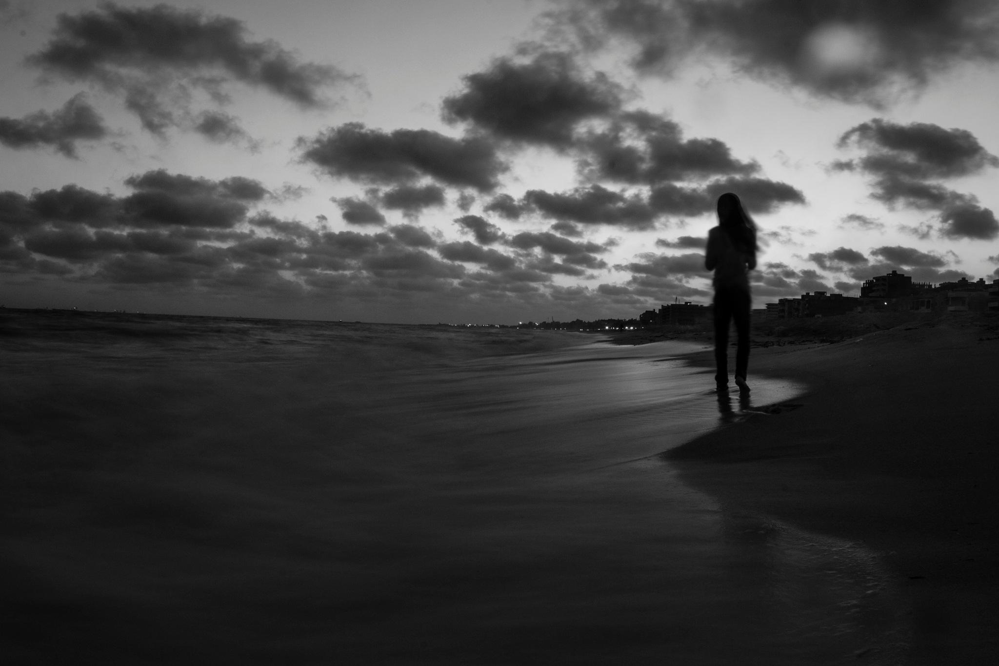 alon whith tha sea by Marwan Mahmad Hmeda