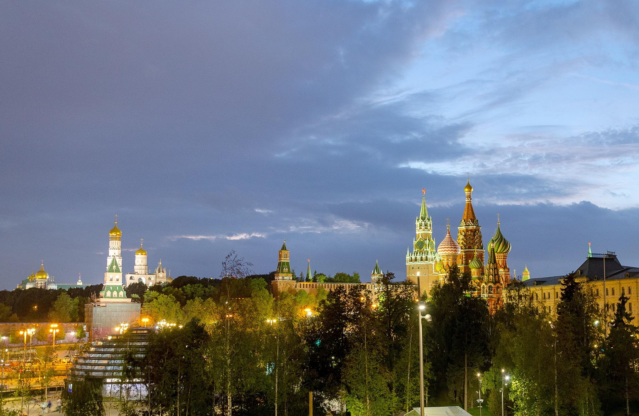 Moscow, Kremlin by Eugene Danilenko