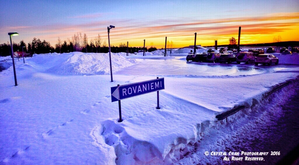Rovaniemi Sunset  by Crystal Chan