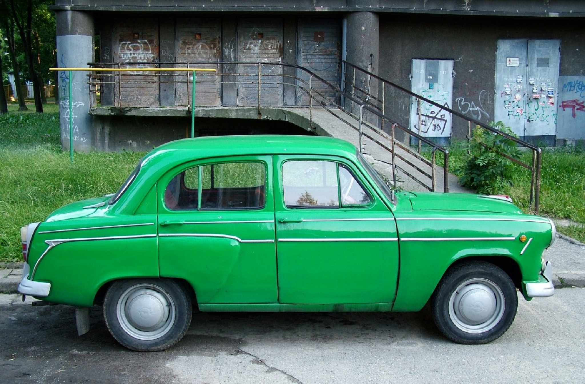 Moskvitch 407 by Dundie