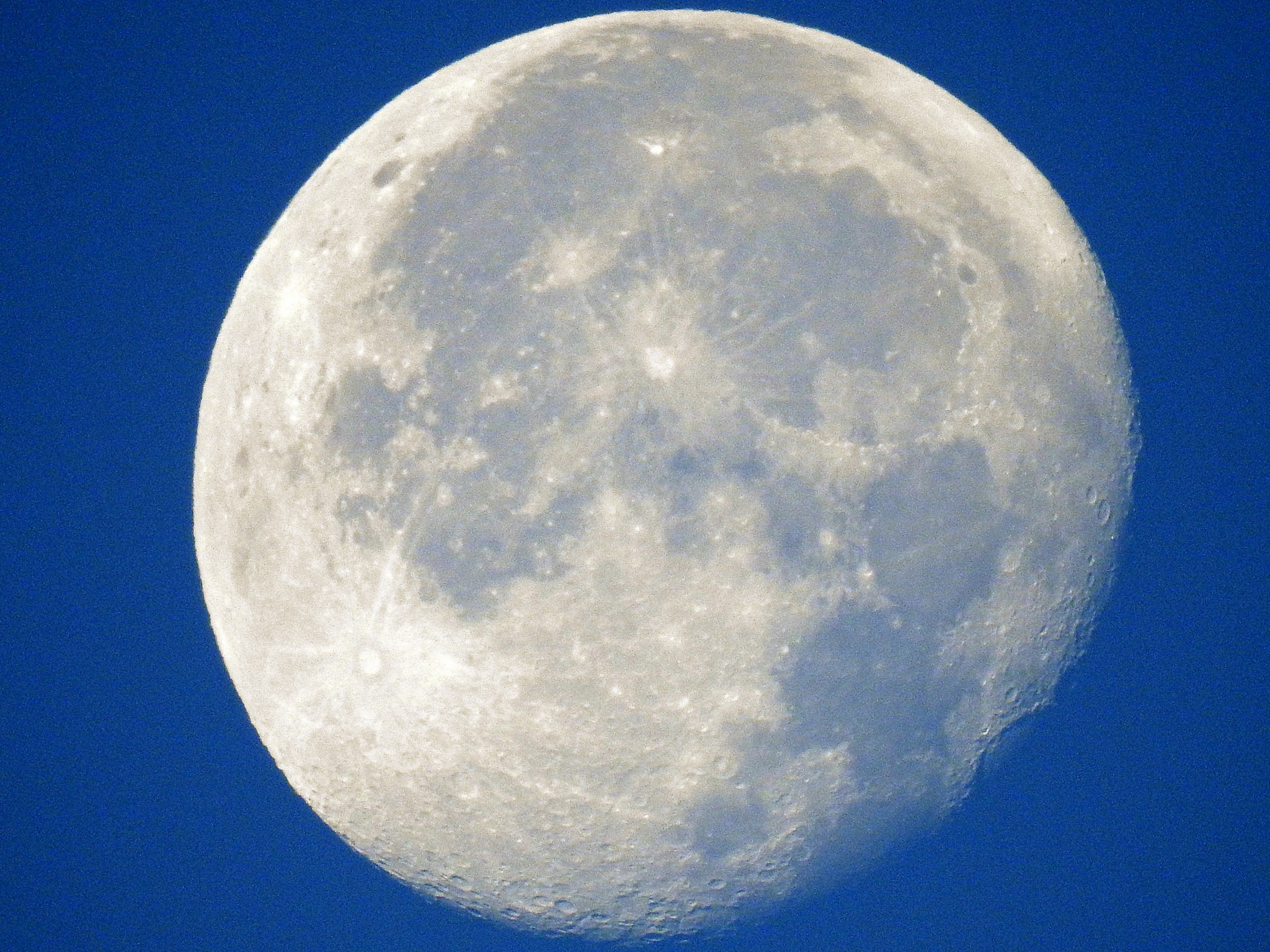 The moon this morning at 6.15 houre by ilseBodewes