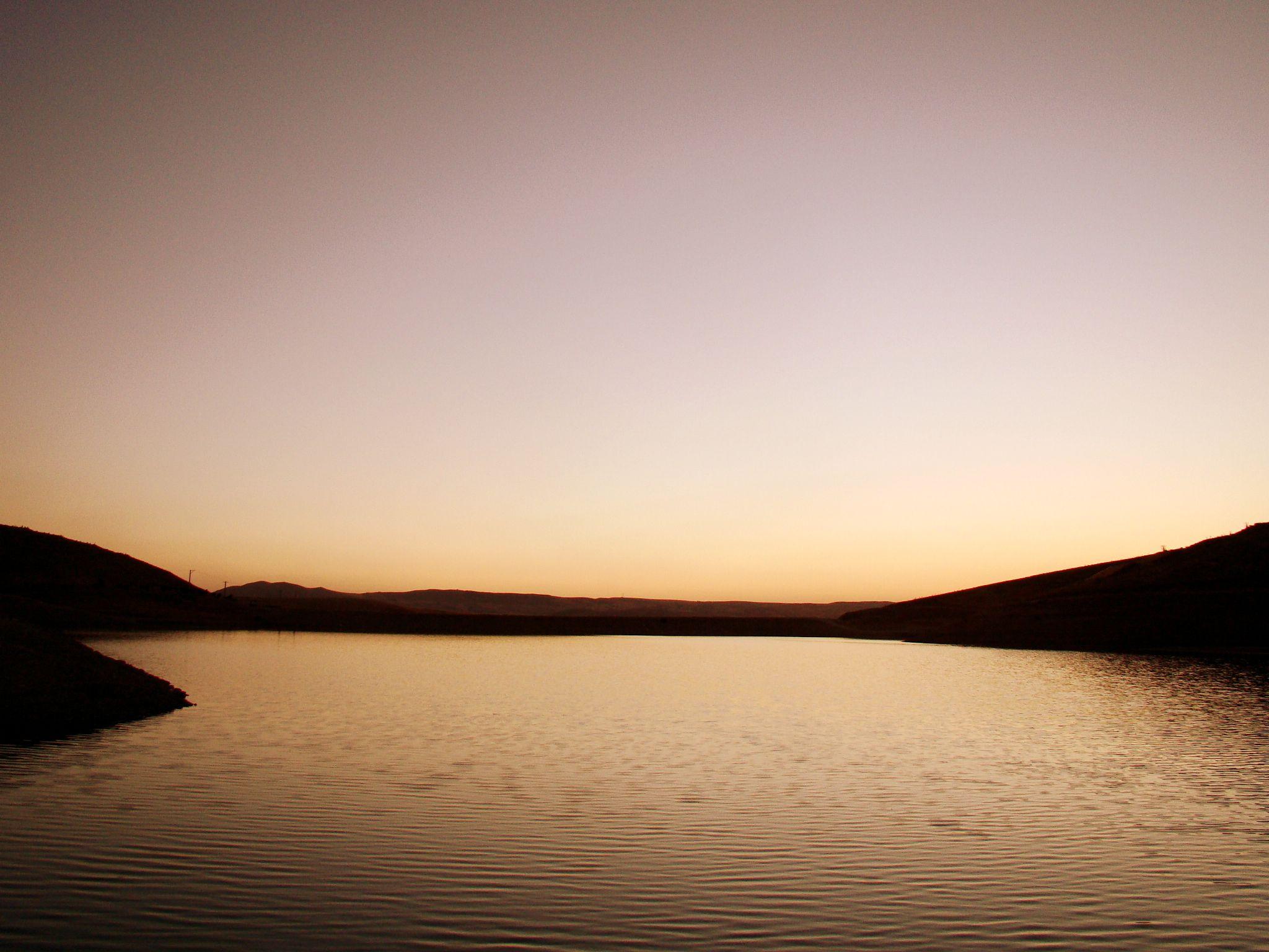 Sunset by Pooya Rafiei