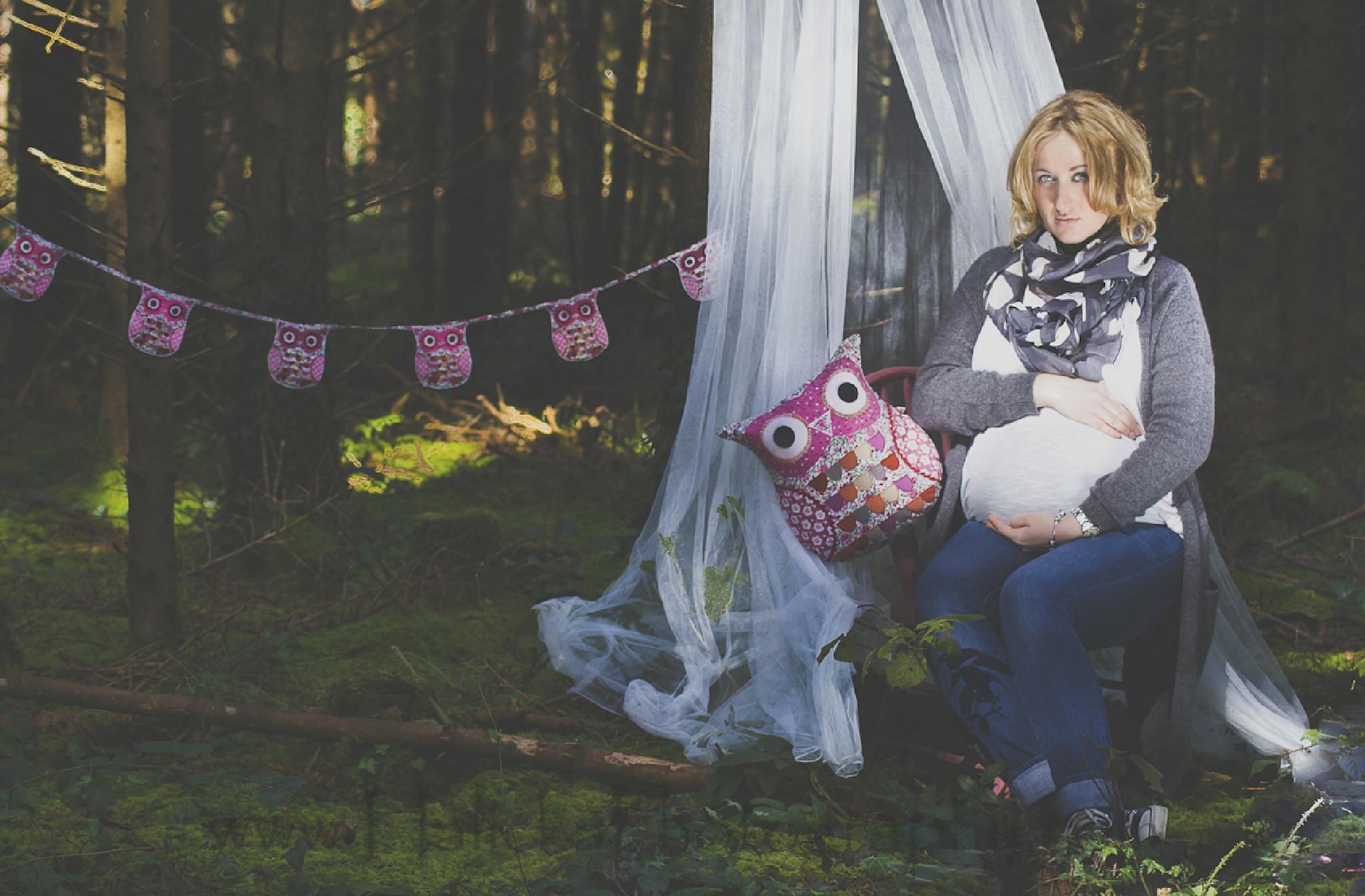 expecting by monika halicka