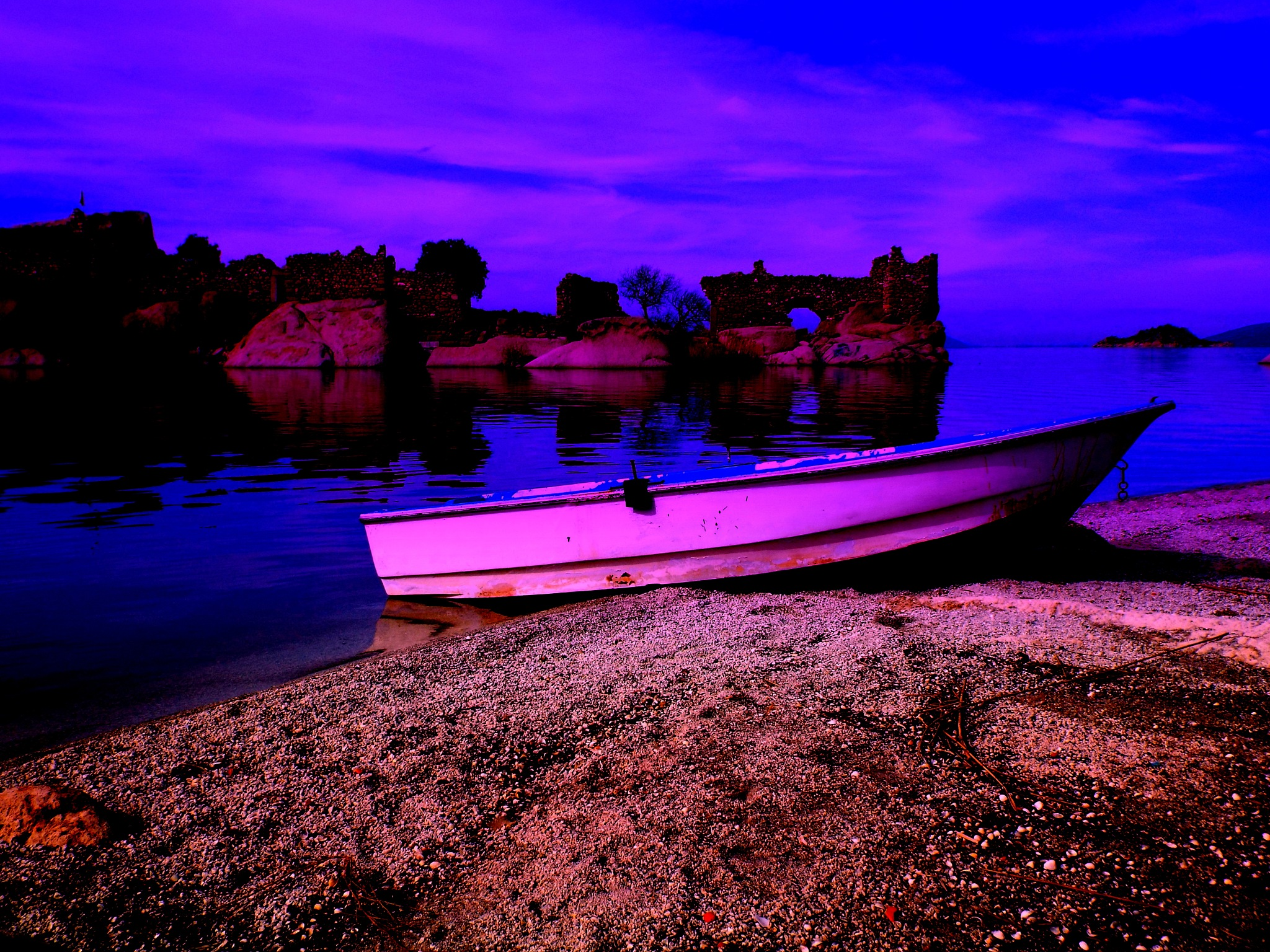 BAFA LAKE, JUST AFTER THE SUNSET, KAPIKIRI, HERAKLEIA by Akin Saner