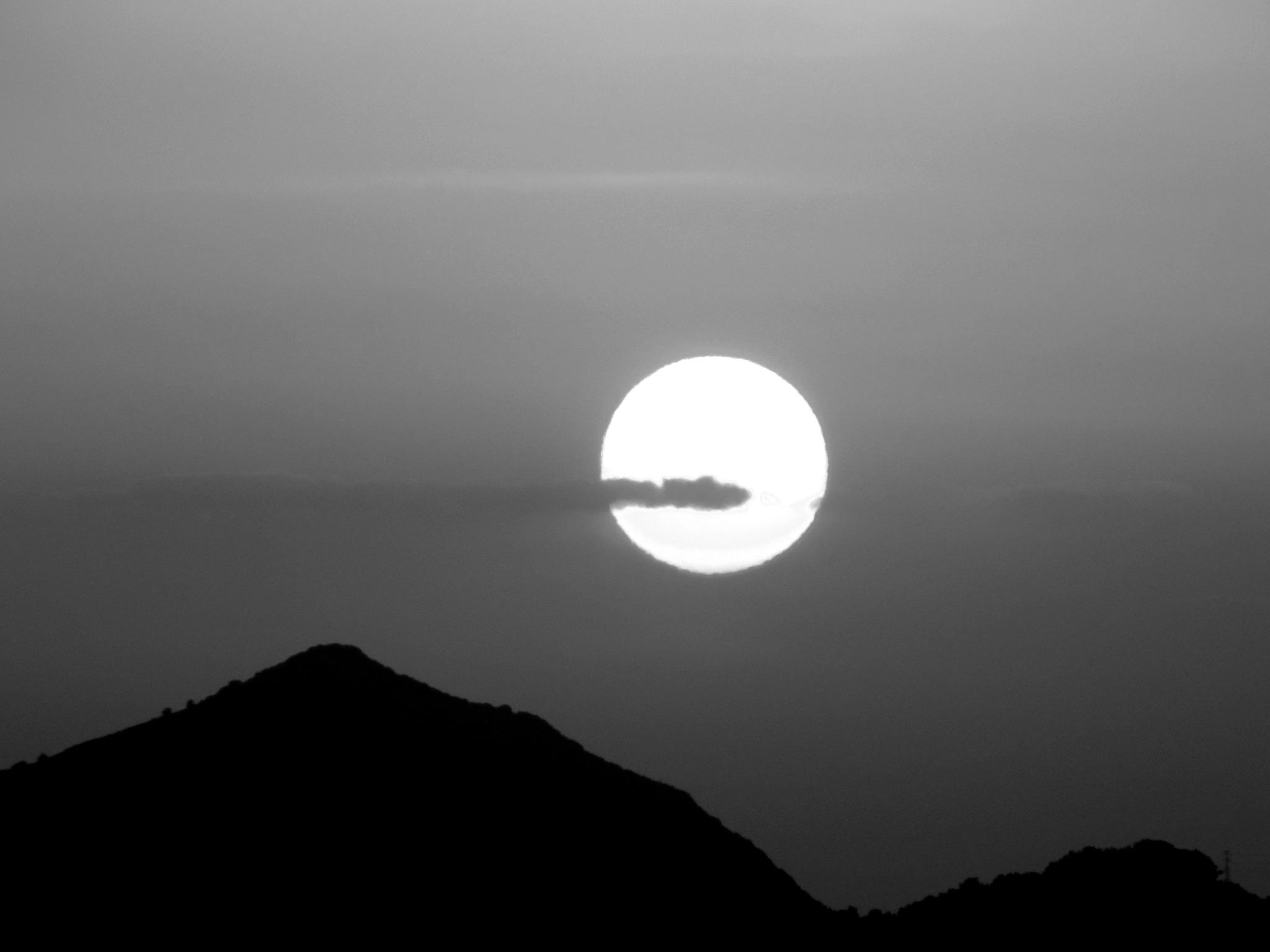 BEAUTIFUL SUNSET, B&W by Akin Saner