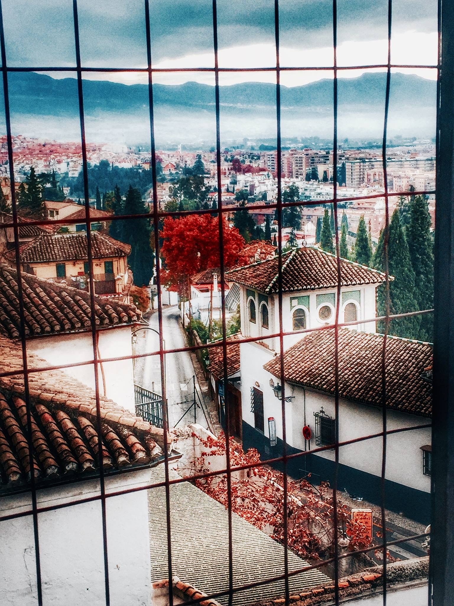 Por los tejados. by Marinela