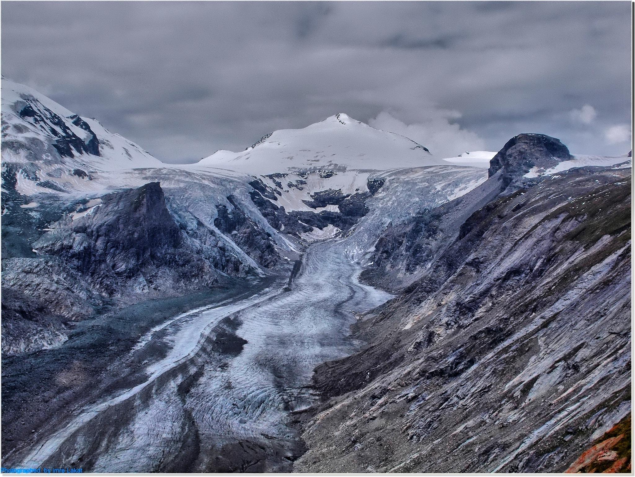 Franz Josef Höhe ...Glacier . Grossglockner Hochalpenstraße Heiligenblut, Austria  by Imre Lakat