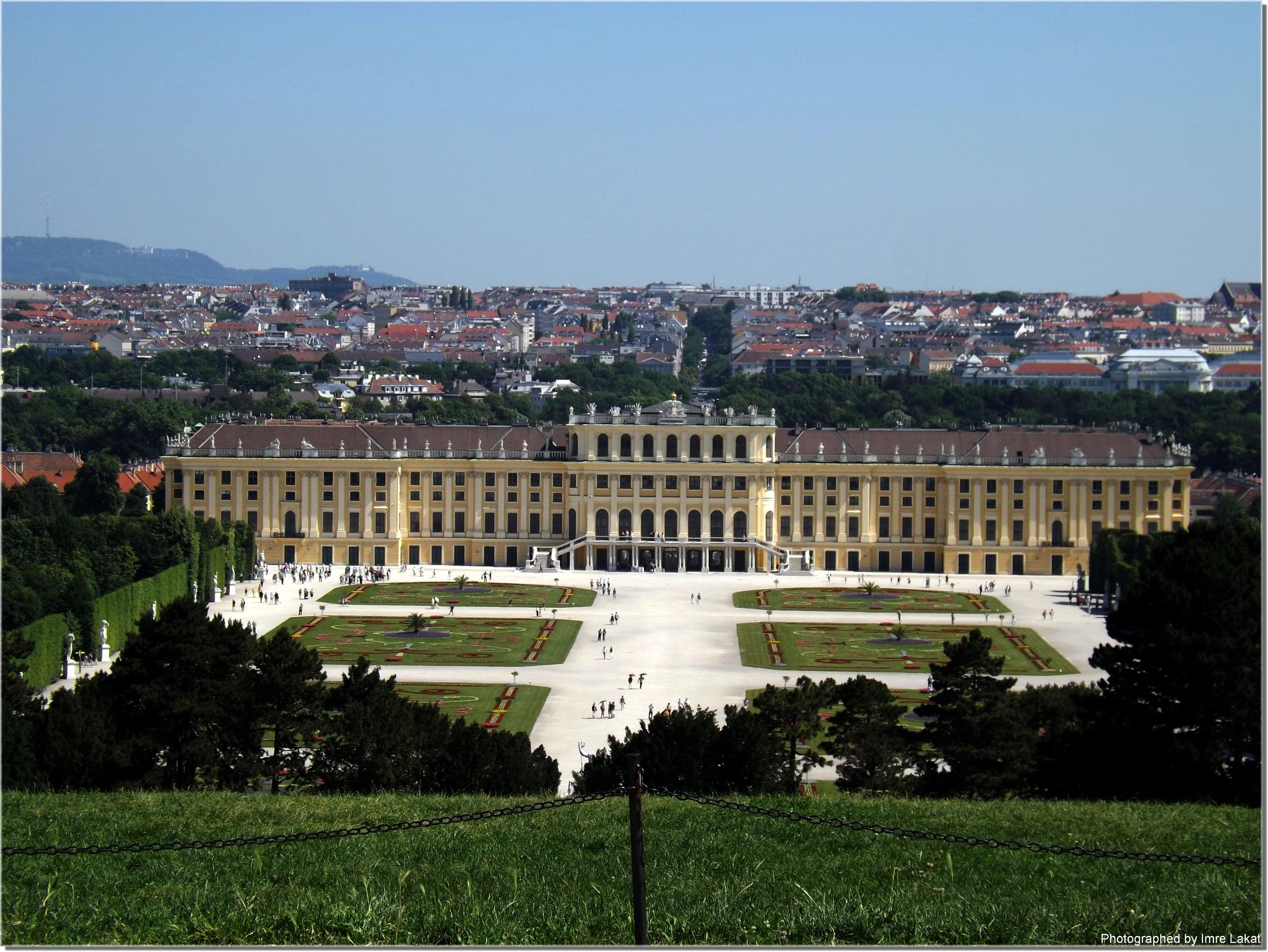 Schönbrunn Palace am Vienna by Imre Lakat