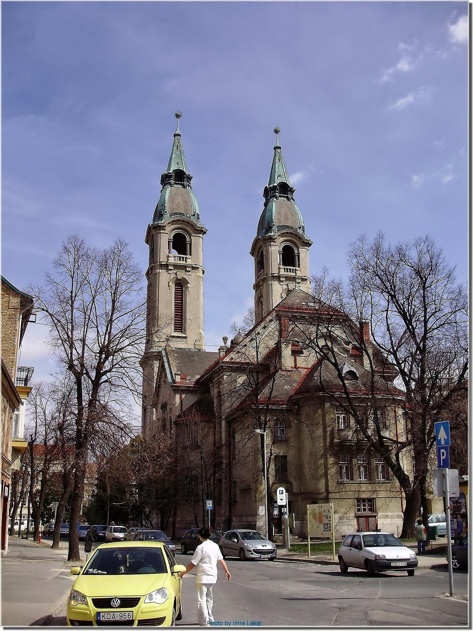 Reformierten Kirche . Református templom . Pápa, Március 15. tér 7, 8500 Magyarország by Imre Lakat