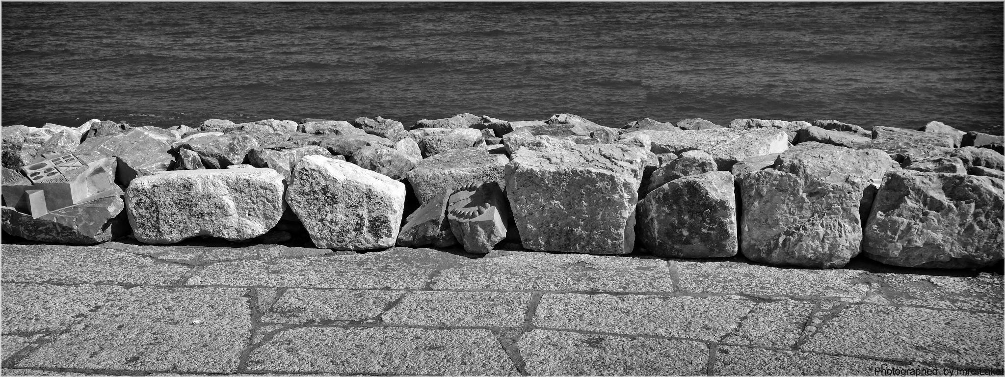 Breakwater  by Imre Lakat