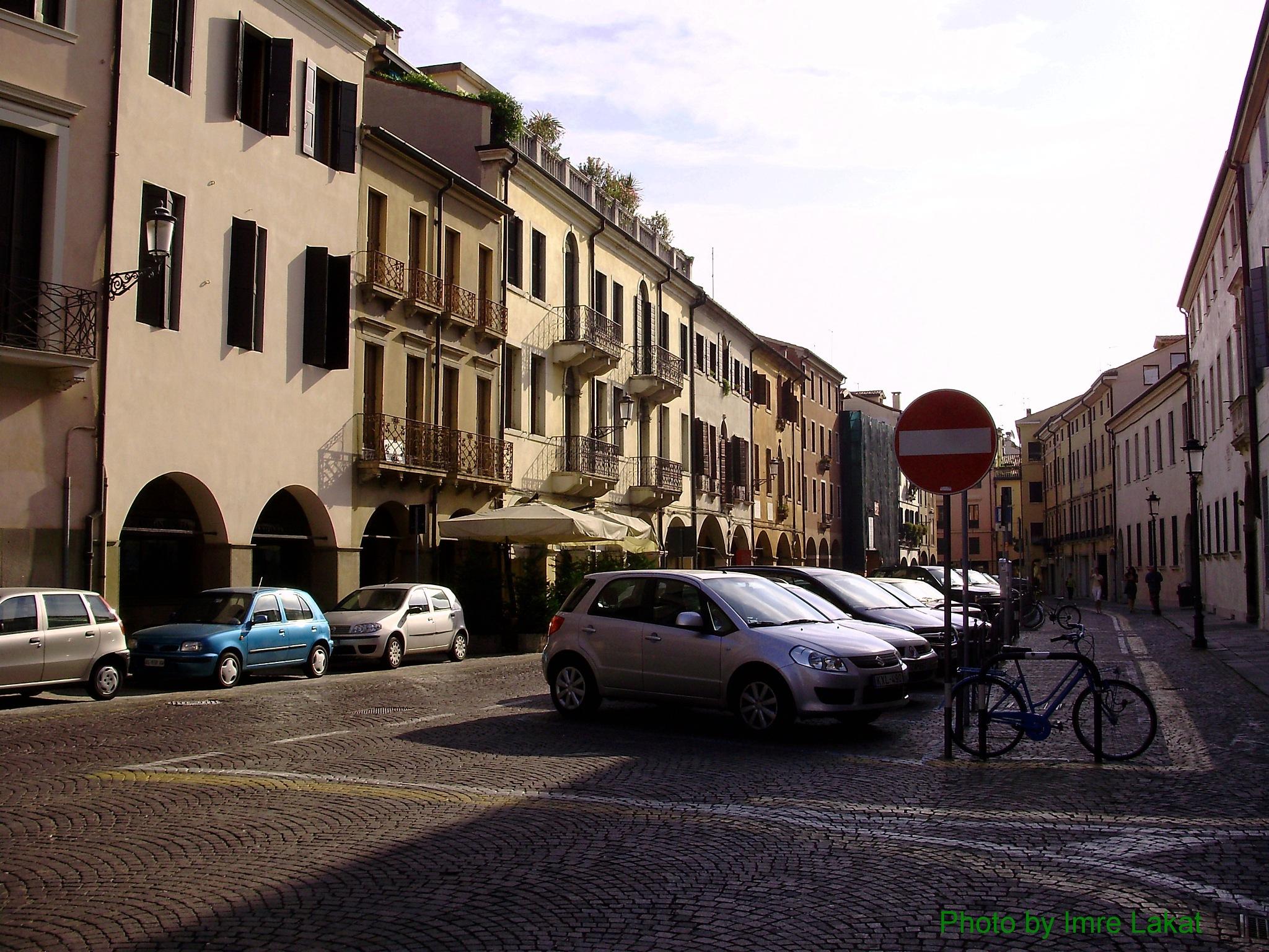 My Car in (Suzuki) Parcheggio vicino alla Basilica di Sant'Antonio by Imre Lakat