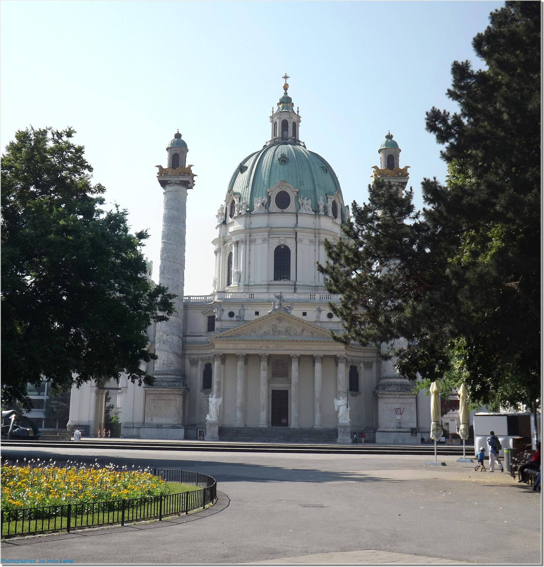 .Karlskirche . Kreuzherrengasse 1, 1040 Wien, Ausztria   by Imre Lakat