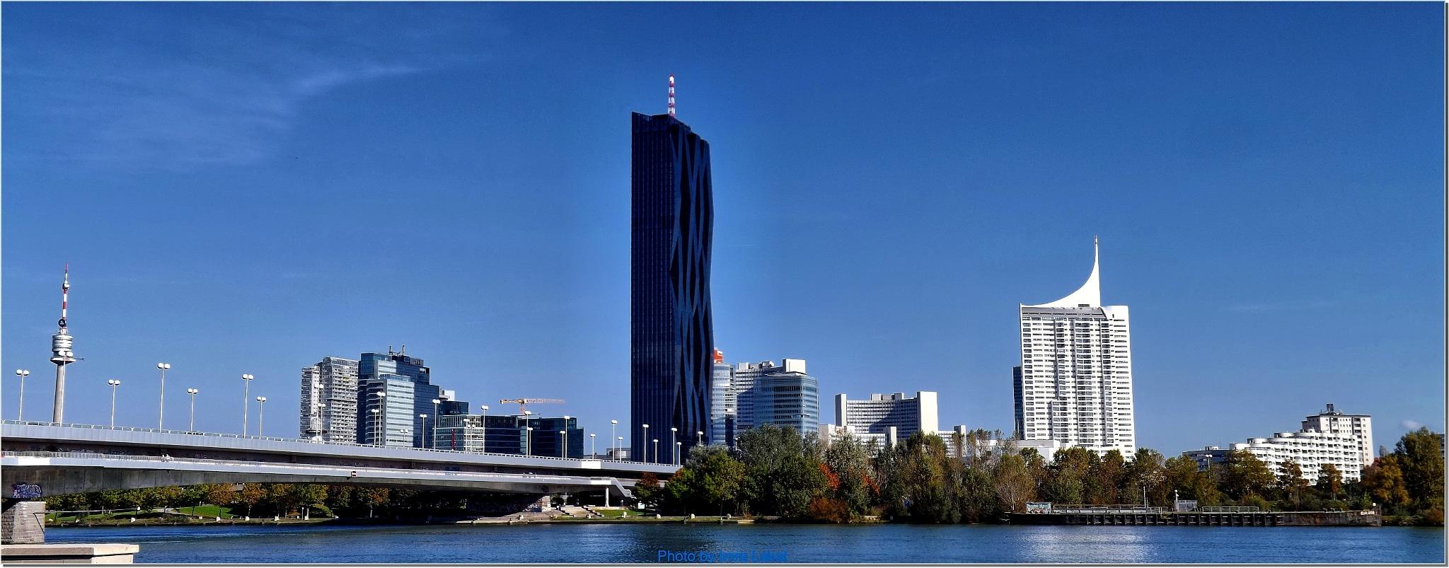 . DC Tower ... Handelskai 265, 1020 Wien, Ausztria by Imre Lakat