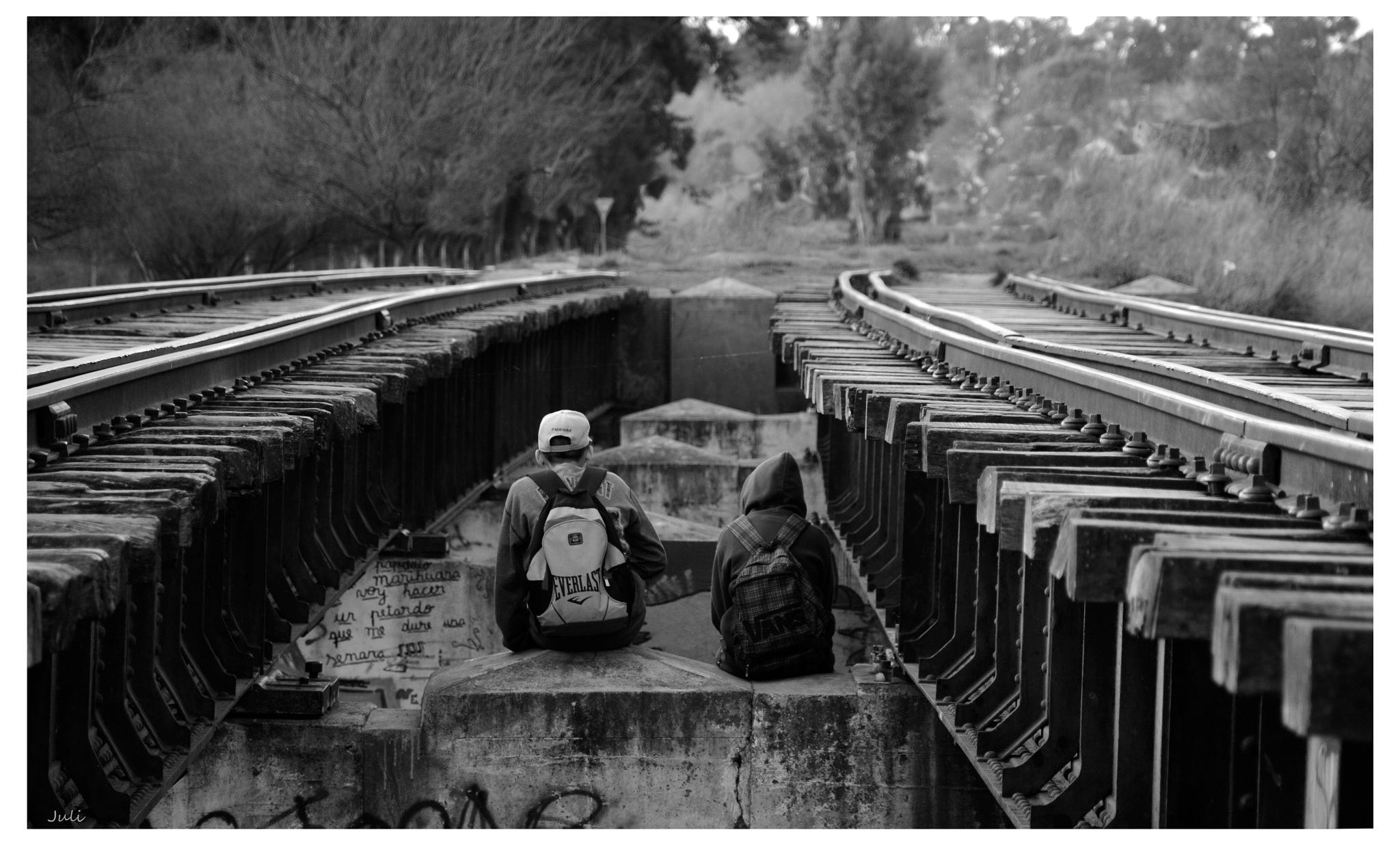 Vias del tren... by July Pilotto