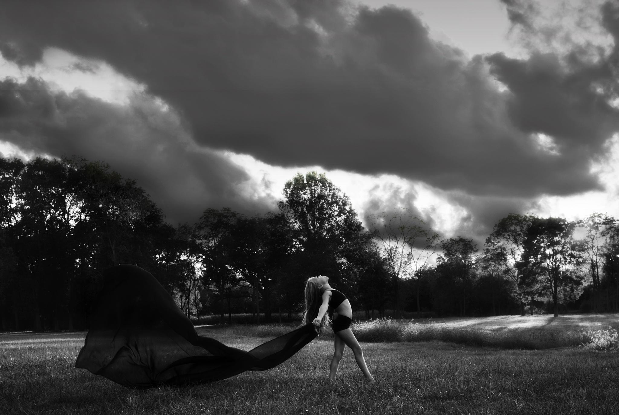 Little Dancer  by megankendallphoto
