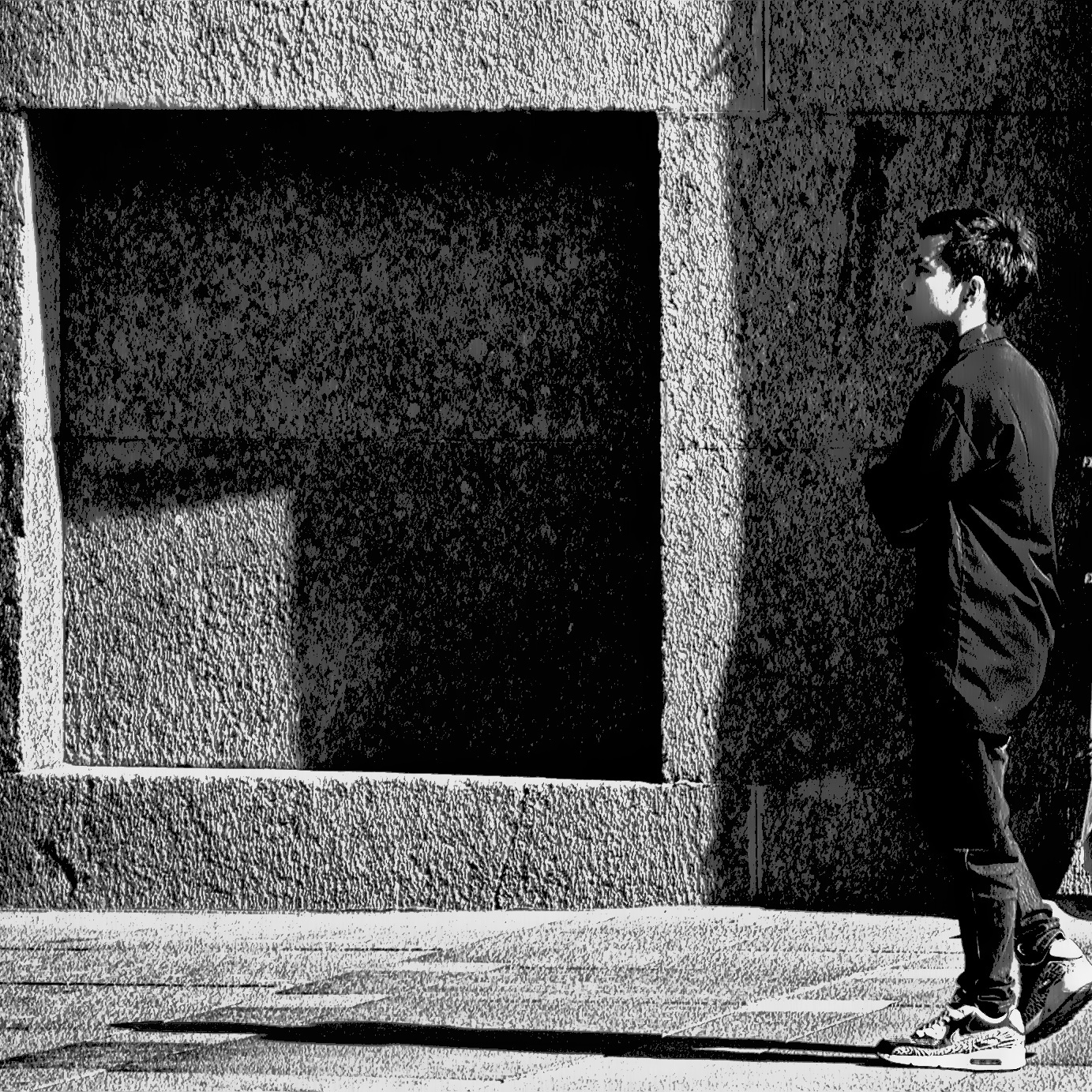 Photo in Black and White #город #люди #стрит #b&w