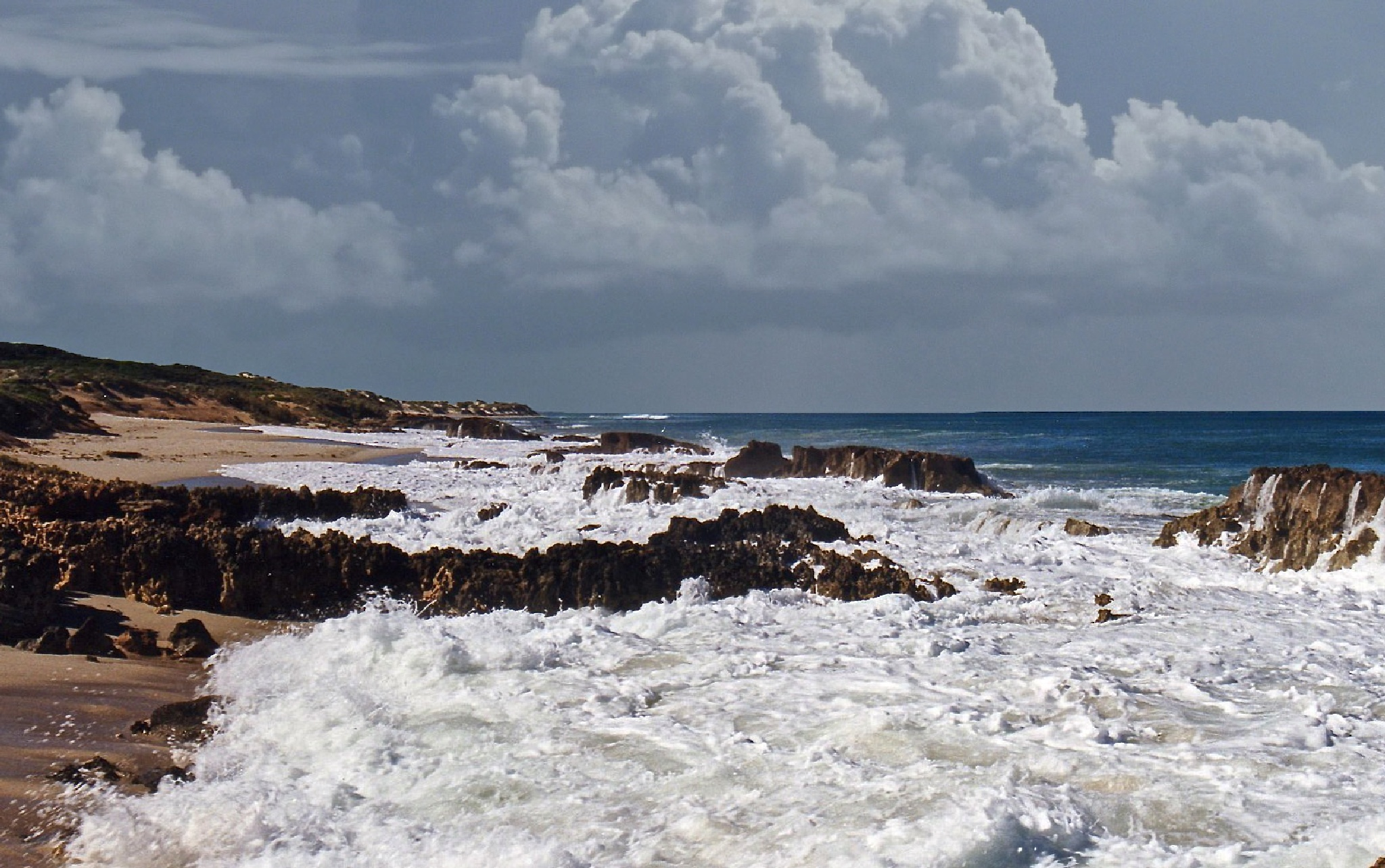 Greenough coastline. by Rovert
