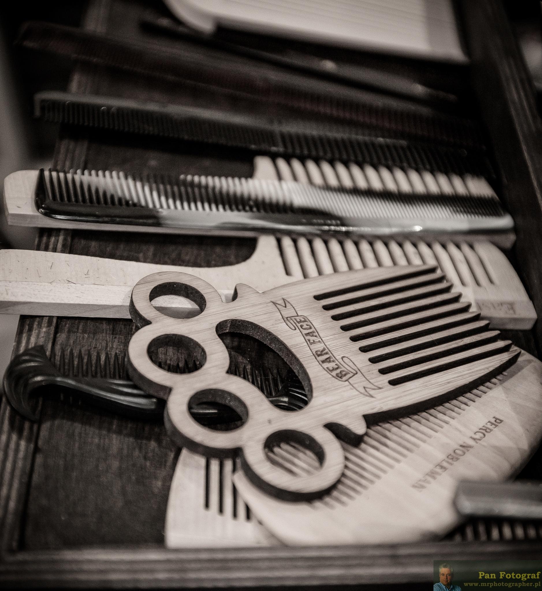 Barber shop by PanFotograf