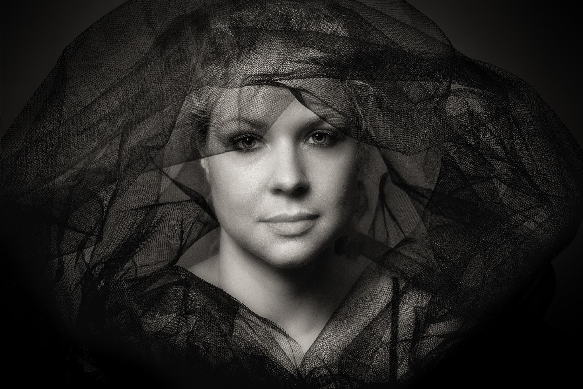 Black by Brigitte Sanladerer