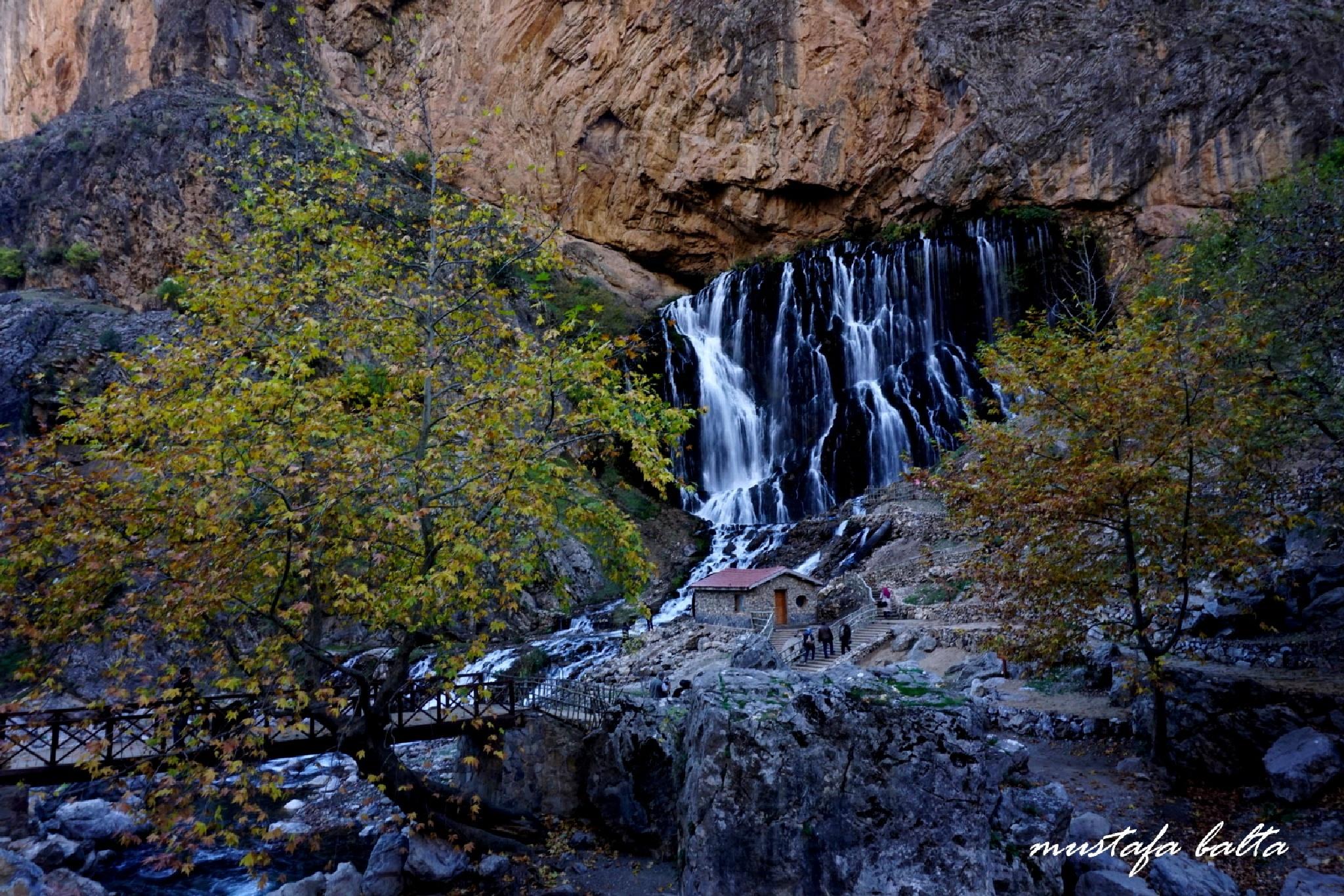 Kapuzbaşı Waterfall by Mustafa Balta
