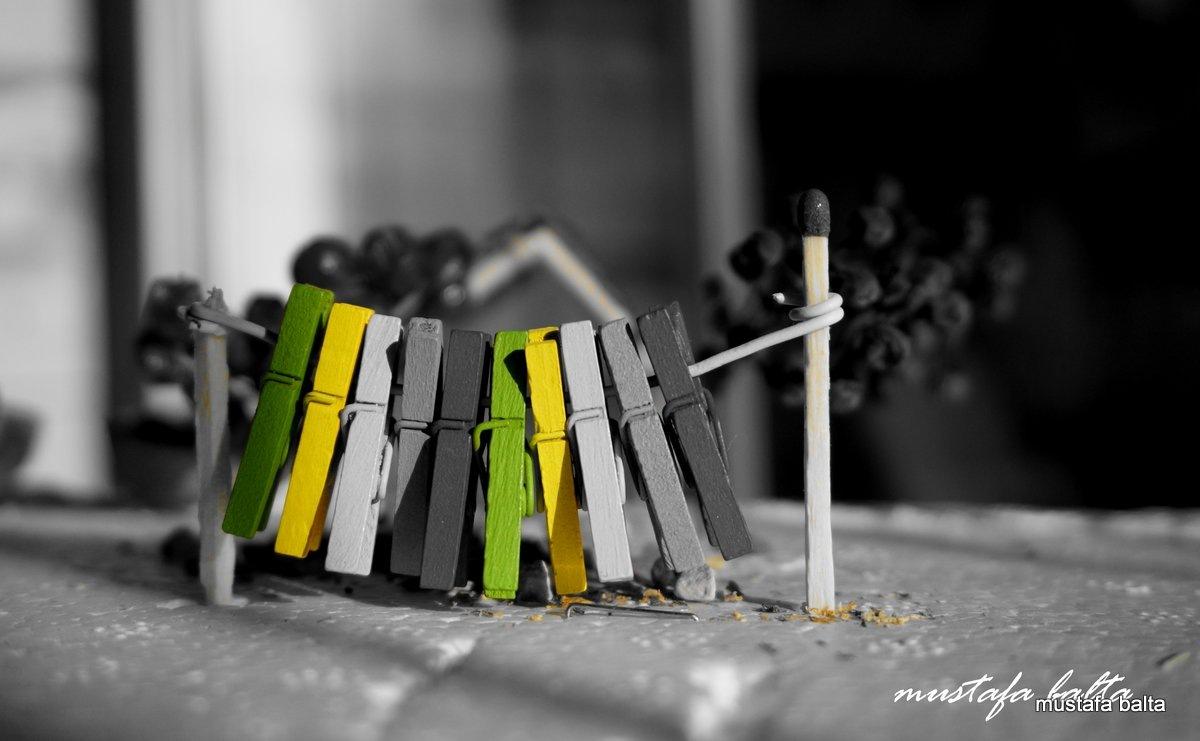 "Minicix Life "" Clothes Peg ""  by Mustafa Balta"