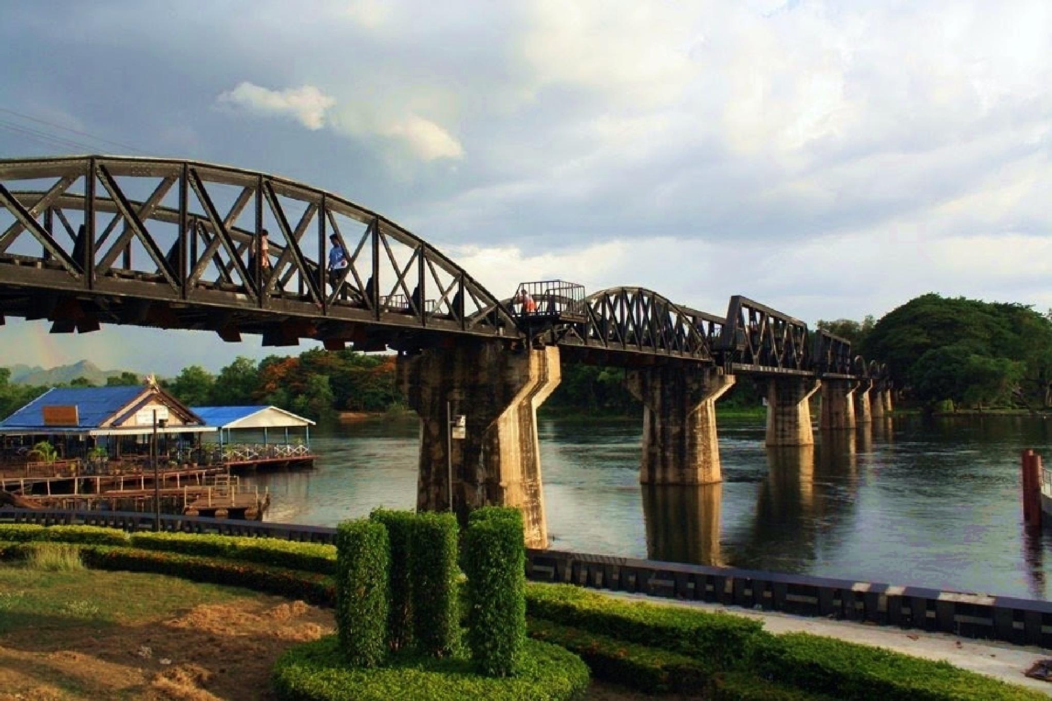 Bridge over the river Kwai Thailand by Dáithí Ó Raghallaigh