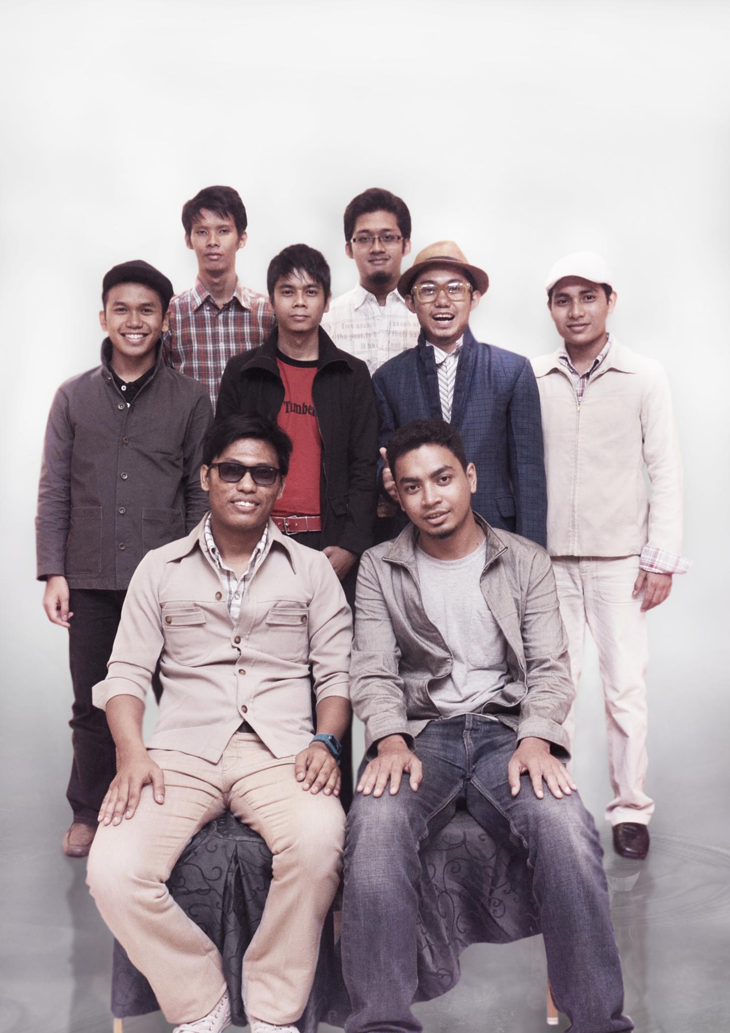 Intan 6 Family by Wan Rexua