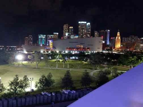 Miami Skyline by gemgal60