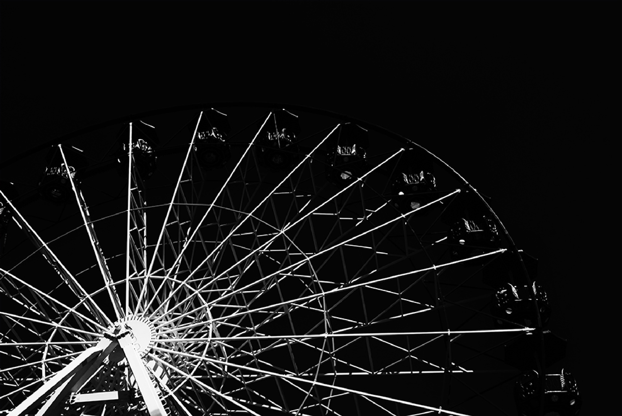 Ferris wheel (Black And White) by Mithat Aker