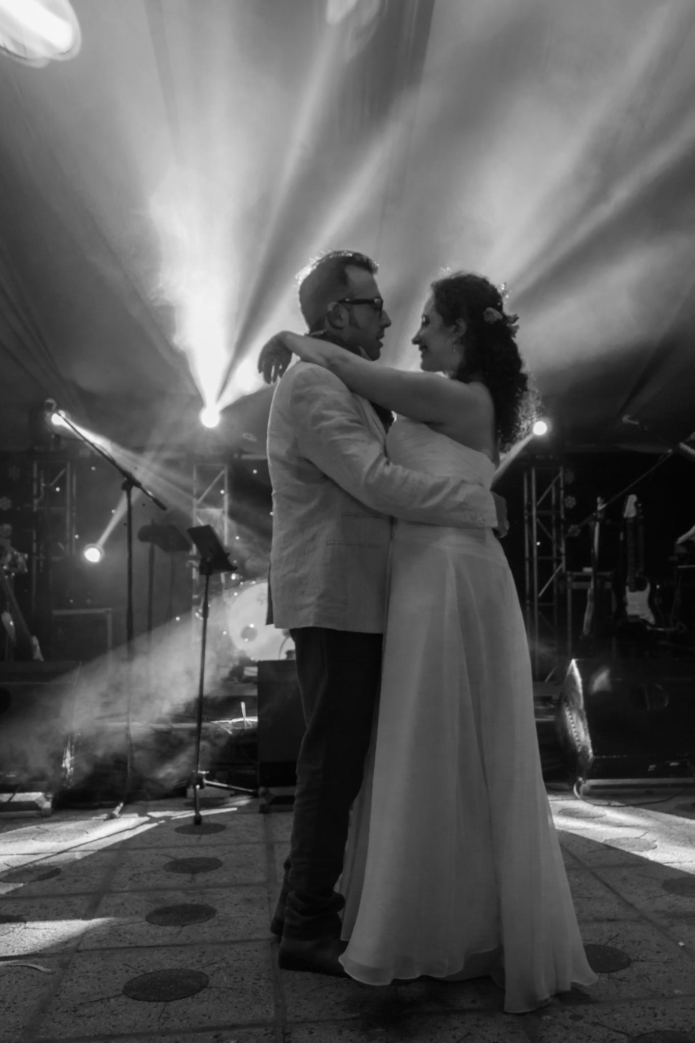 Love Dance by Ricardo Calquín D.