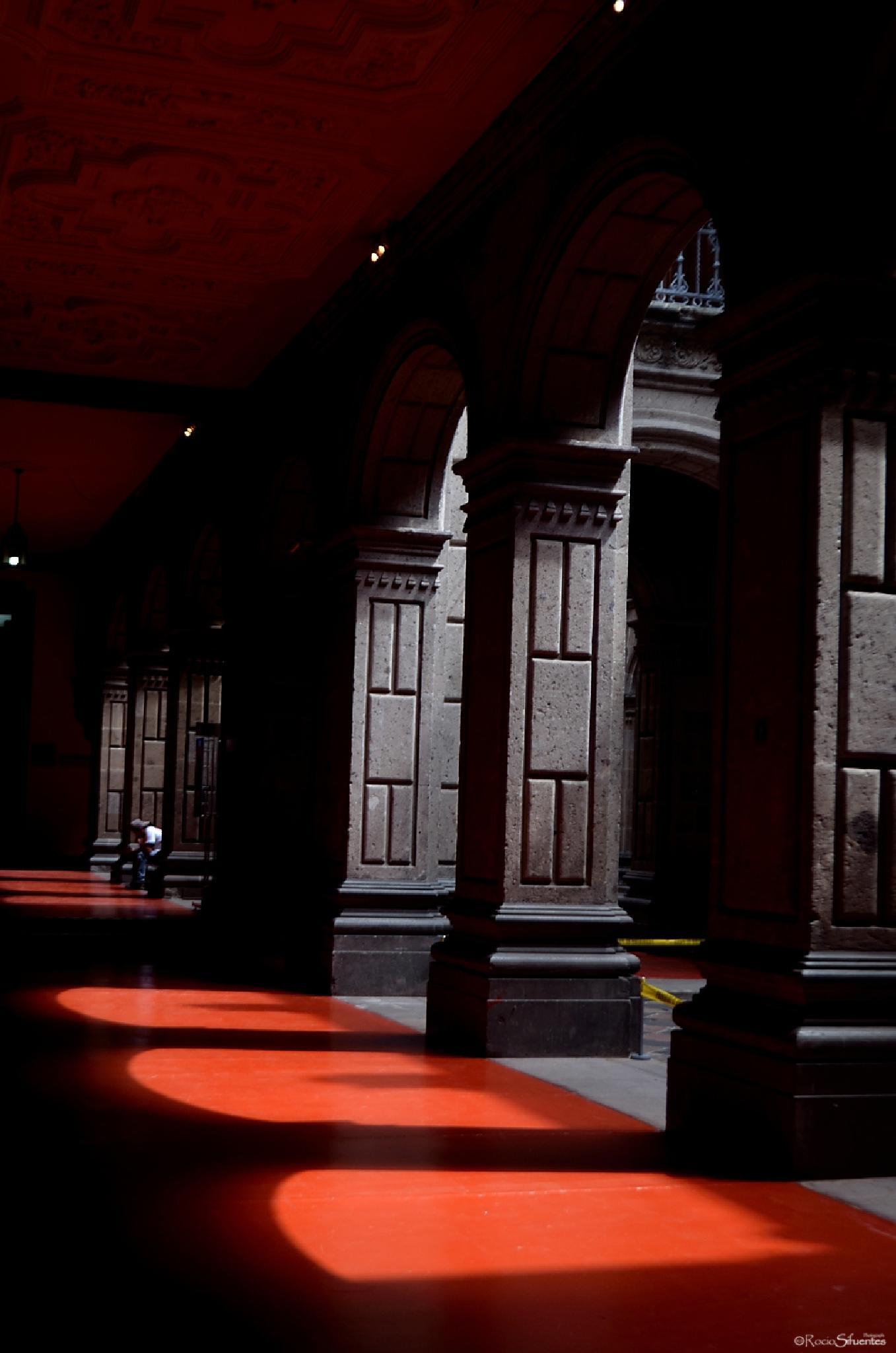 Pasillos de luz by Rocio Sifuentes Orozco