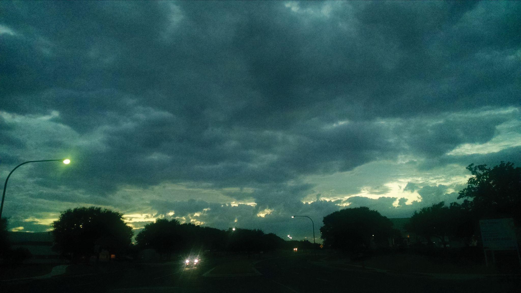 A Night with No Rain by astroskim