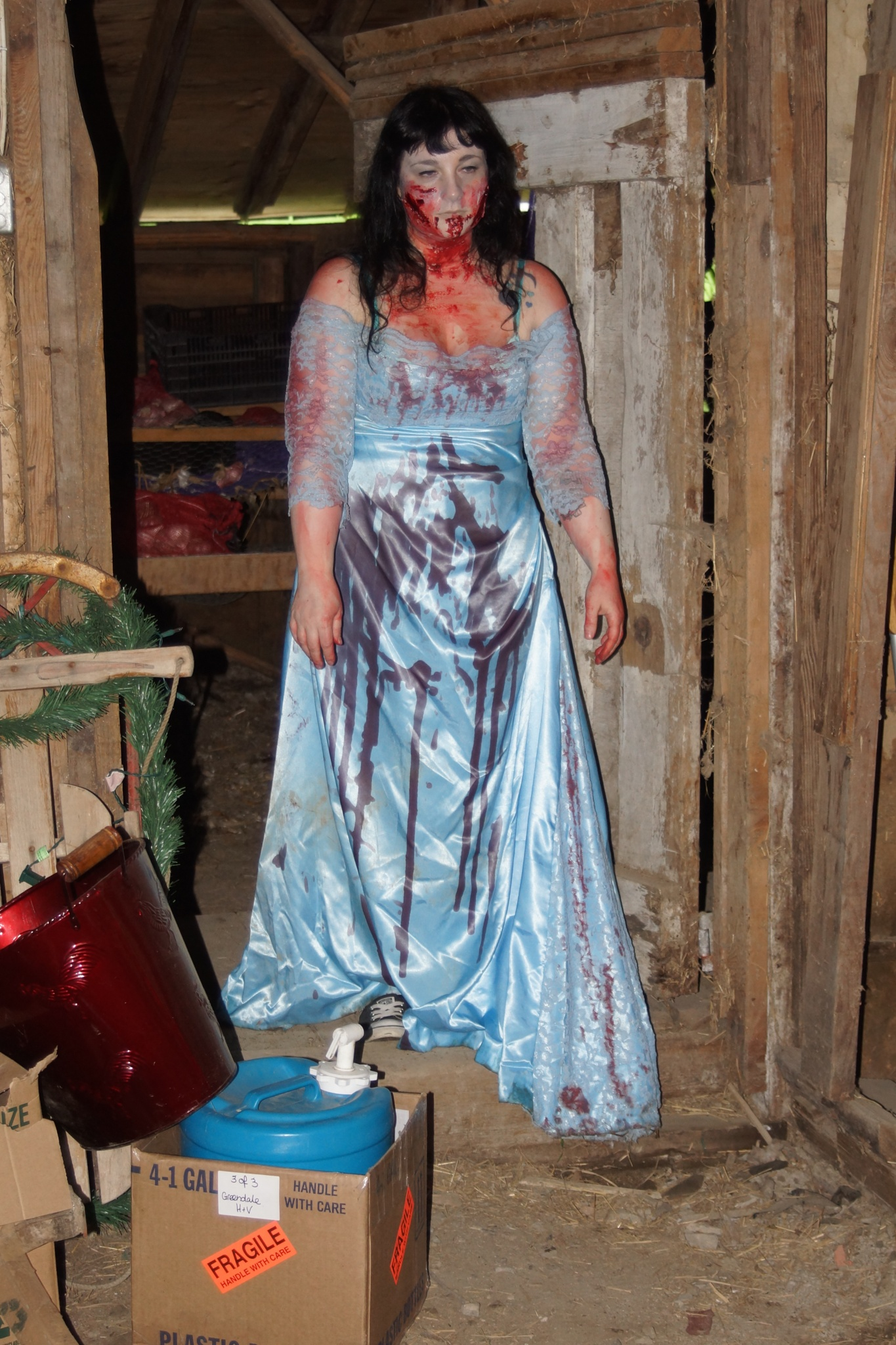 The zombie feeds by Jestferlaffs