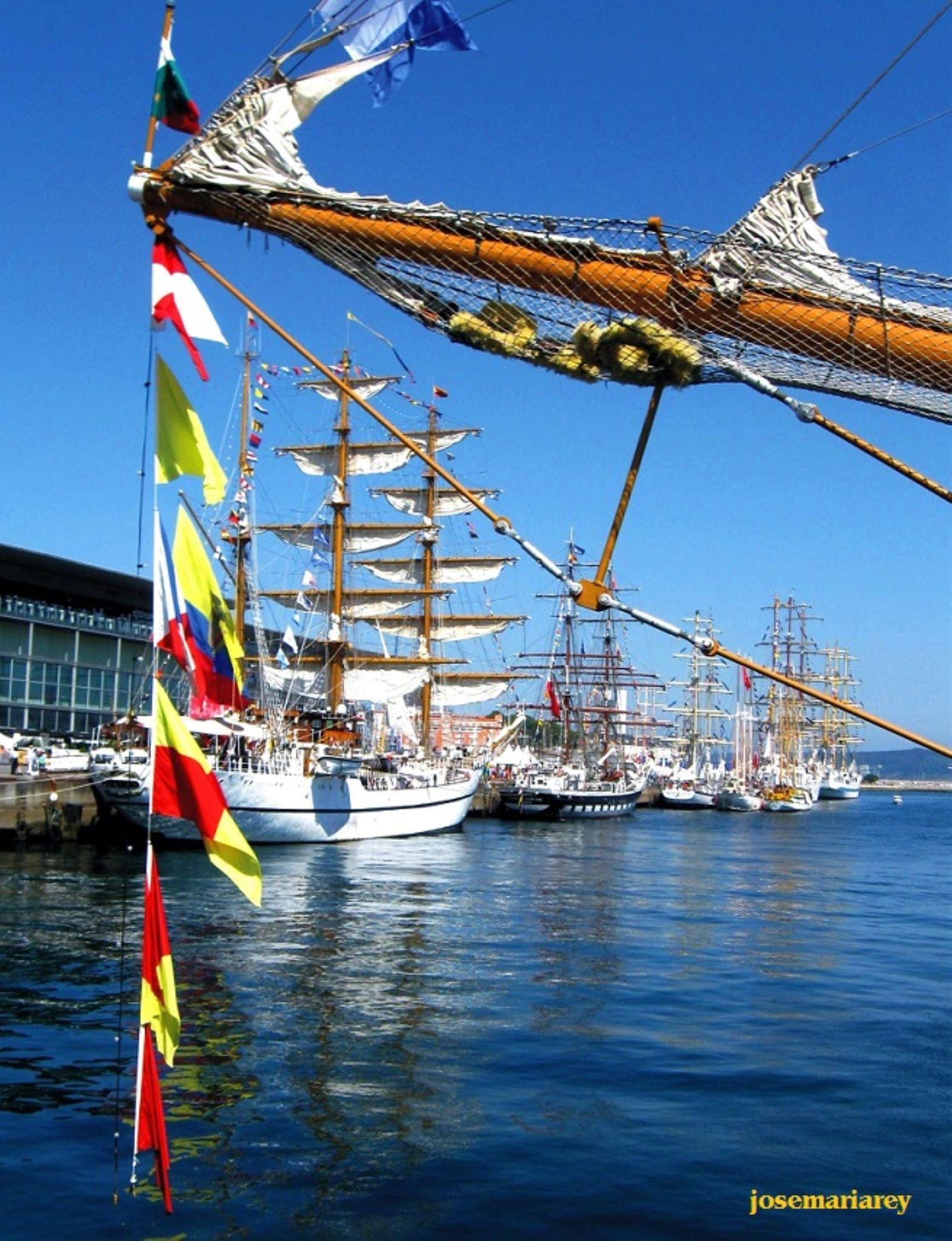 Grandes veleros en Puerto de La Coruña by josemariareymontes