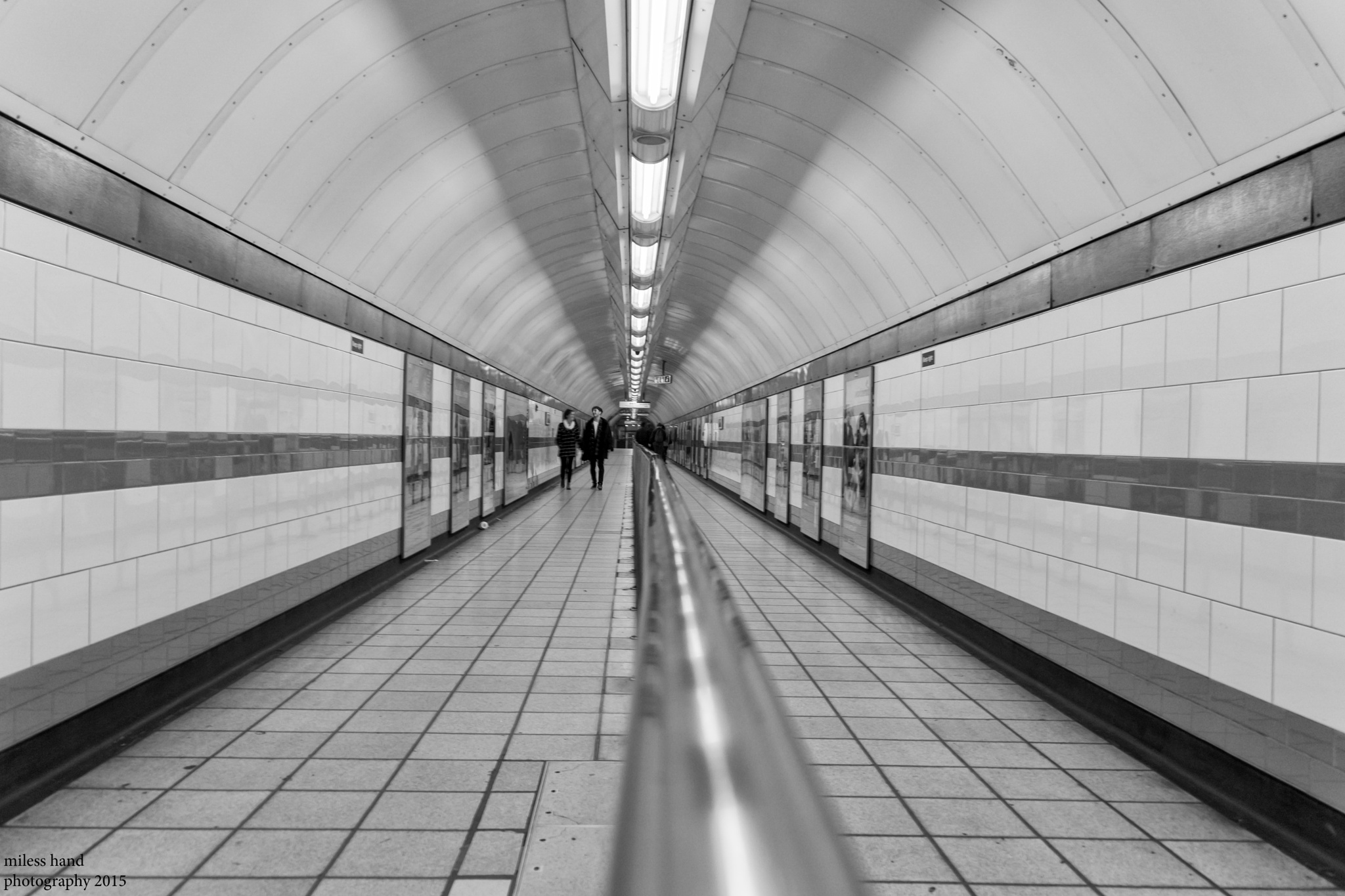 Leading Lines by mileshandphotography