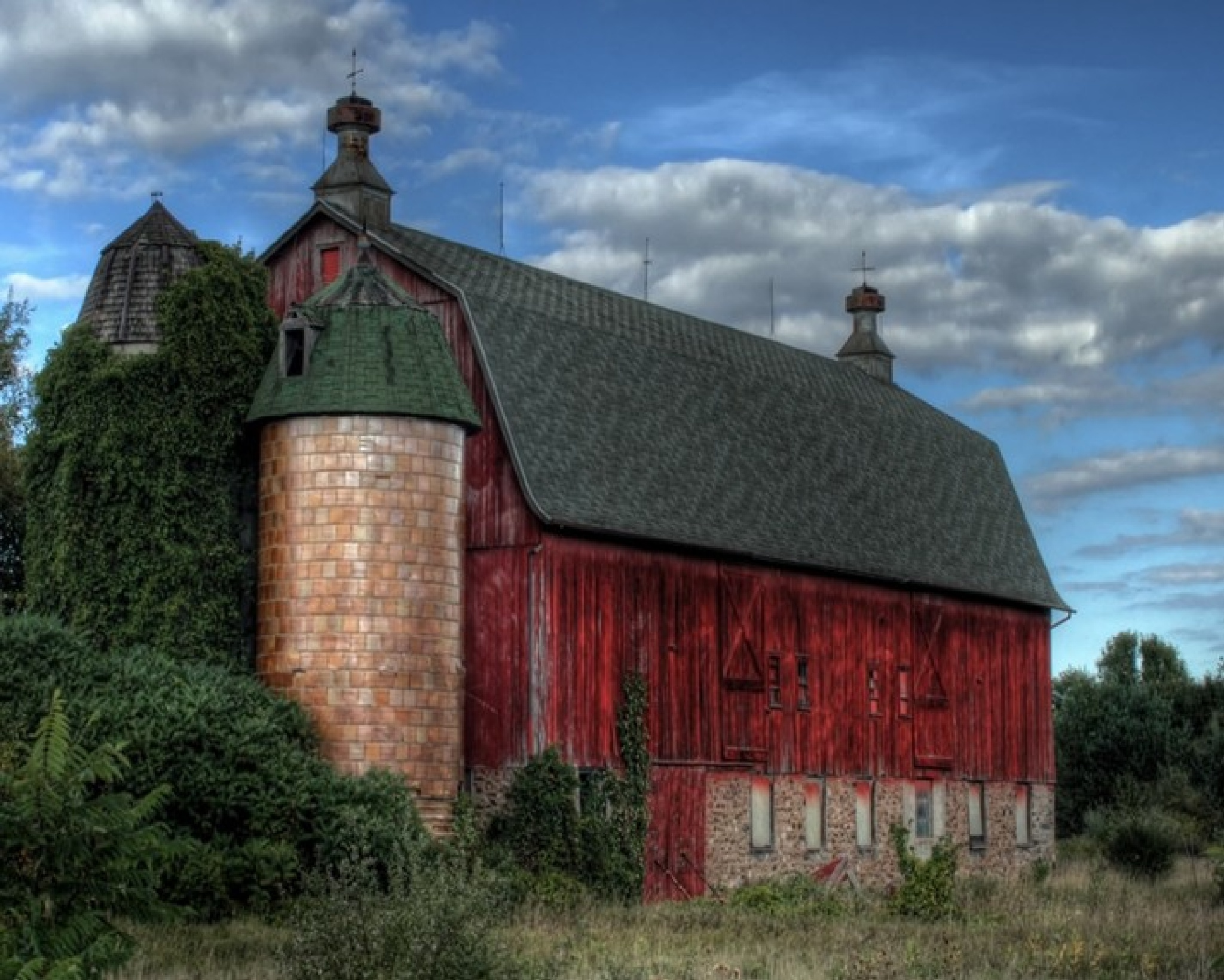 old Barn 2 by Raffael Krause