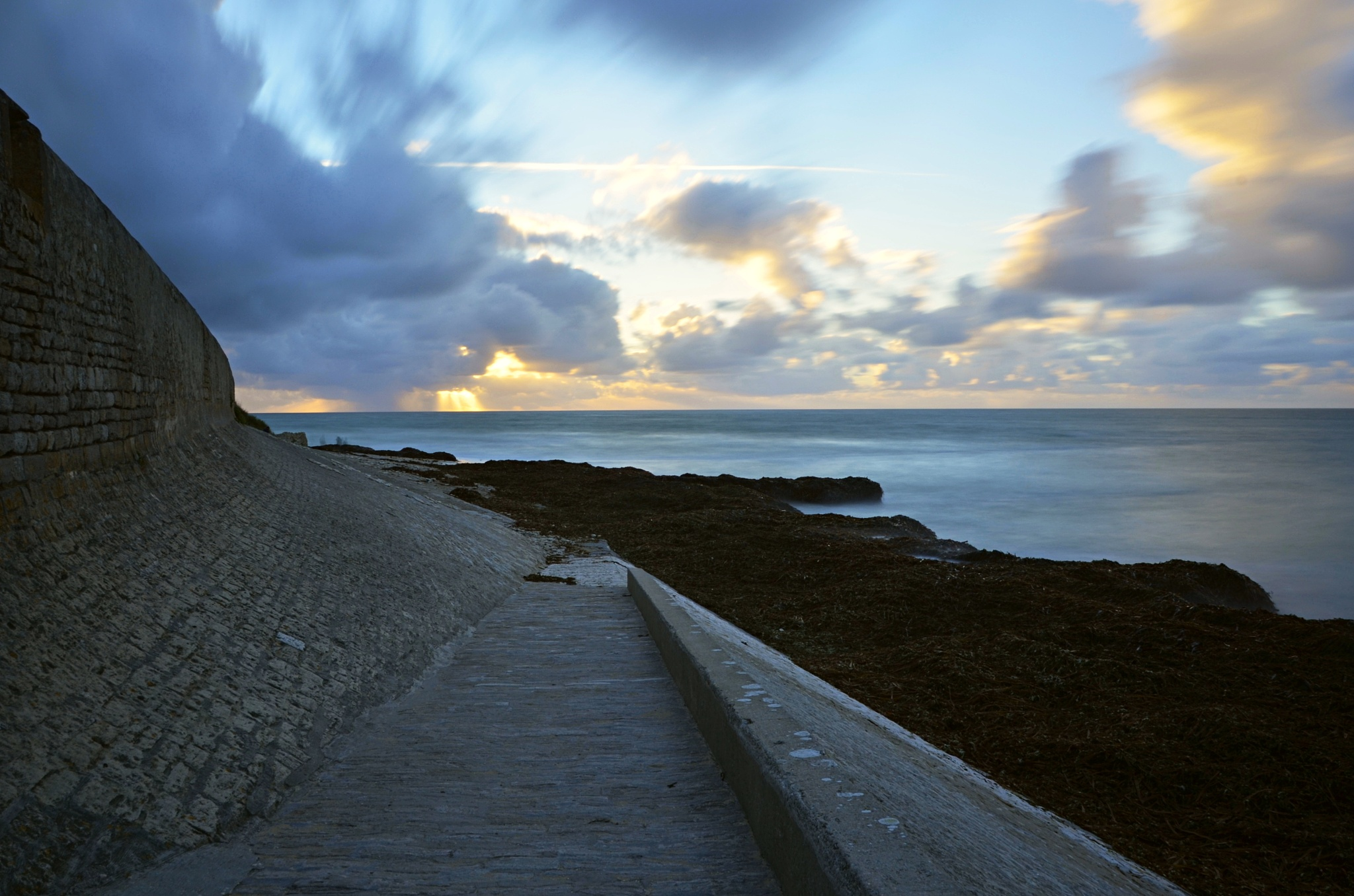 The way to the ocean by Bernard Guillon