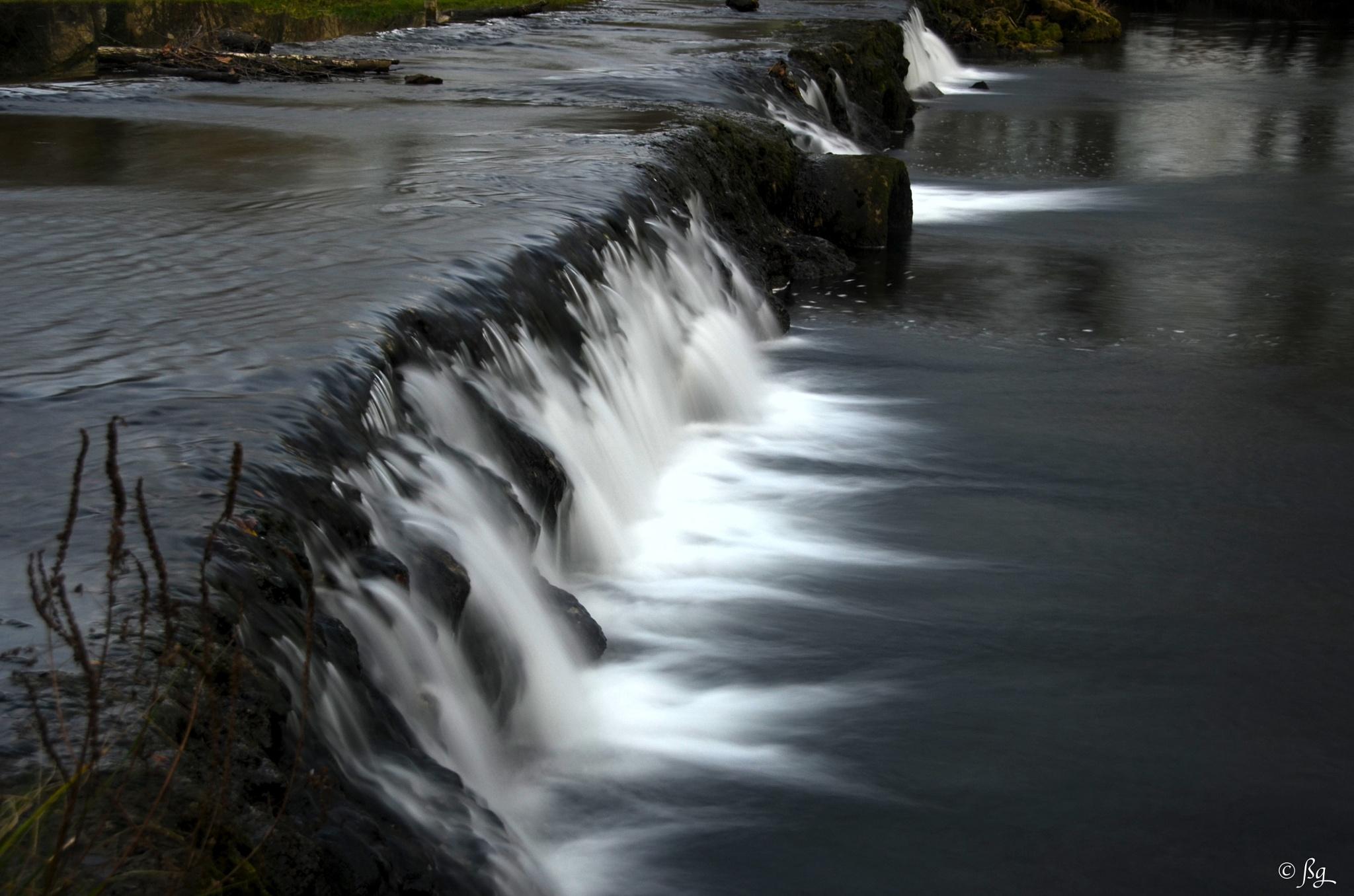 The waterfall by Bernard Guillon