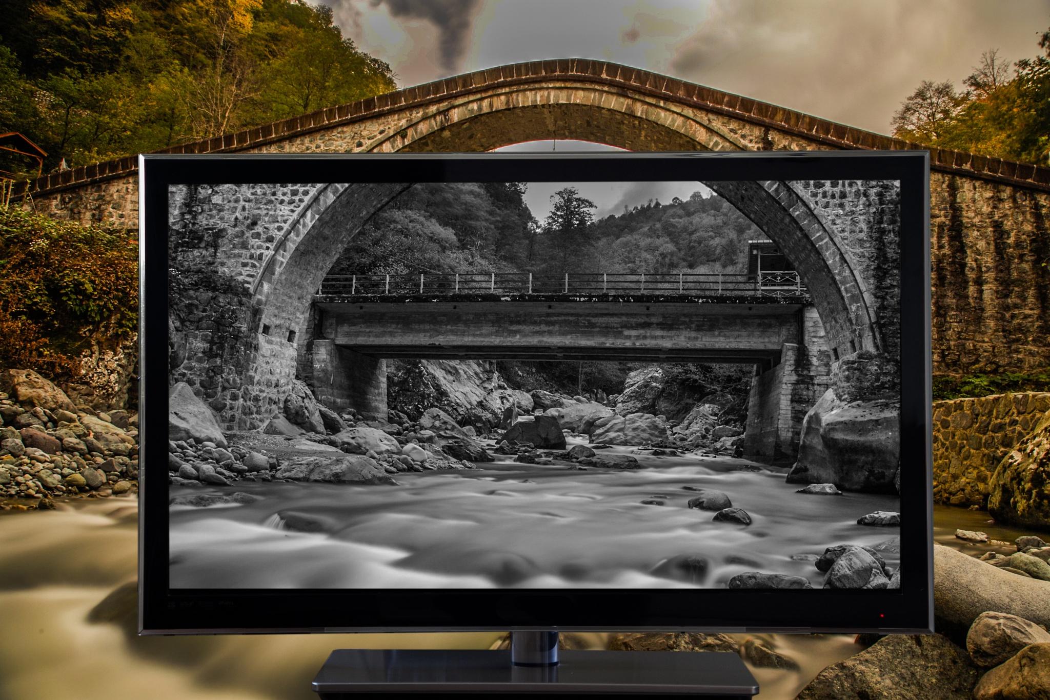 TV by Emre YENGEL
