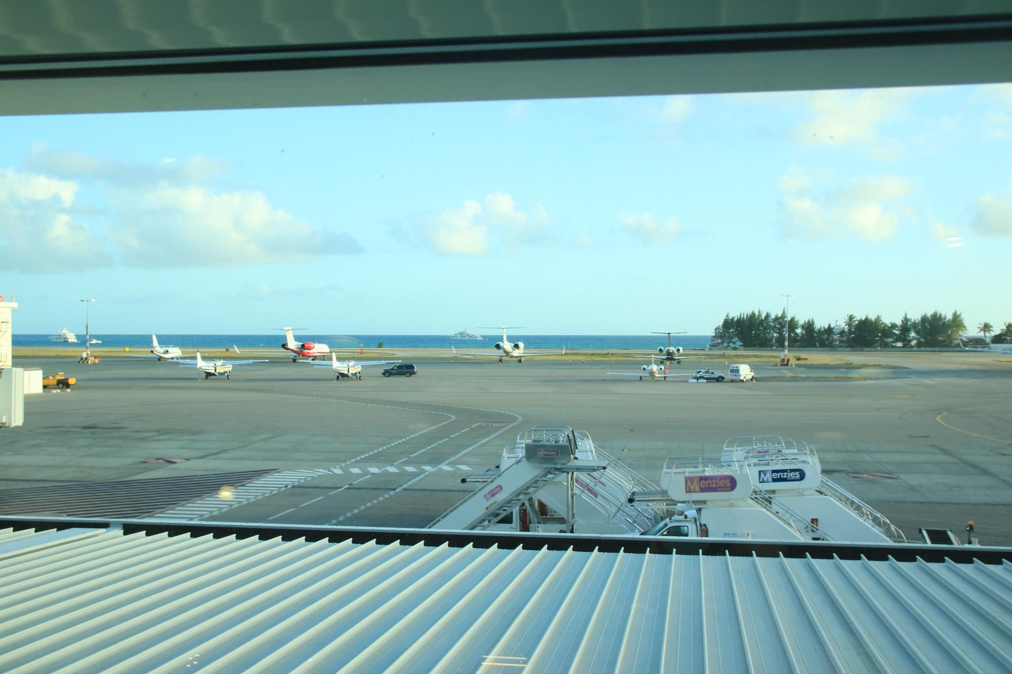 St Maarten Airport, Caribbean by nigelree